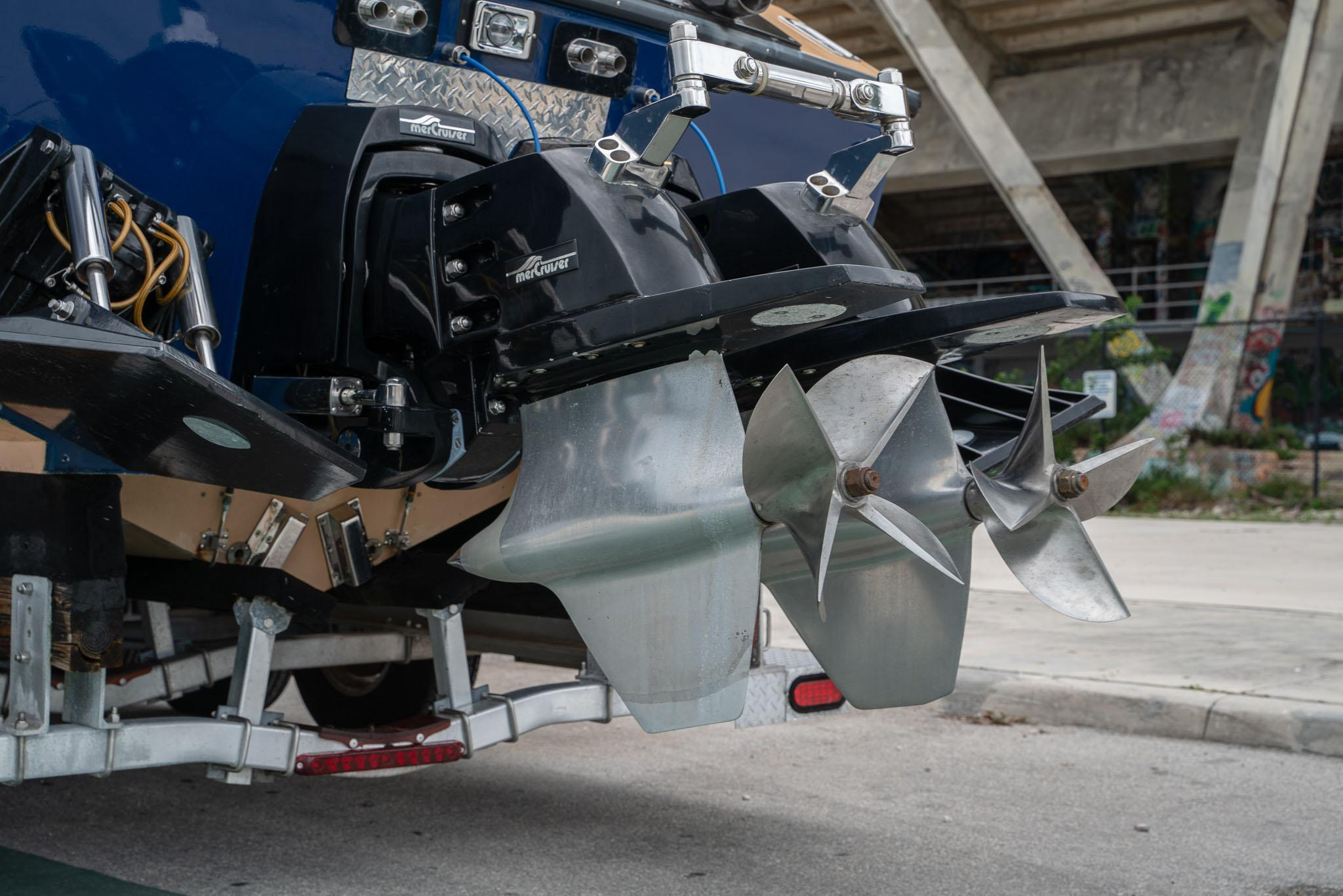1984 Apache Offshore Powerboat Warpath outboards