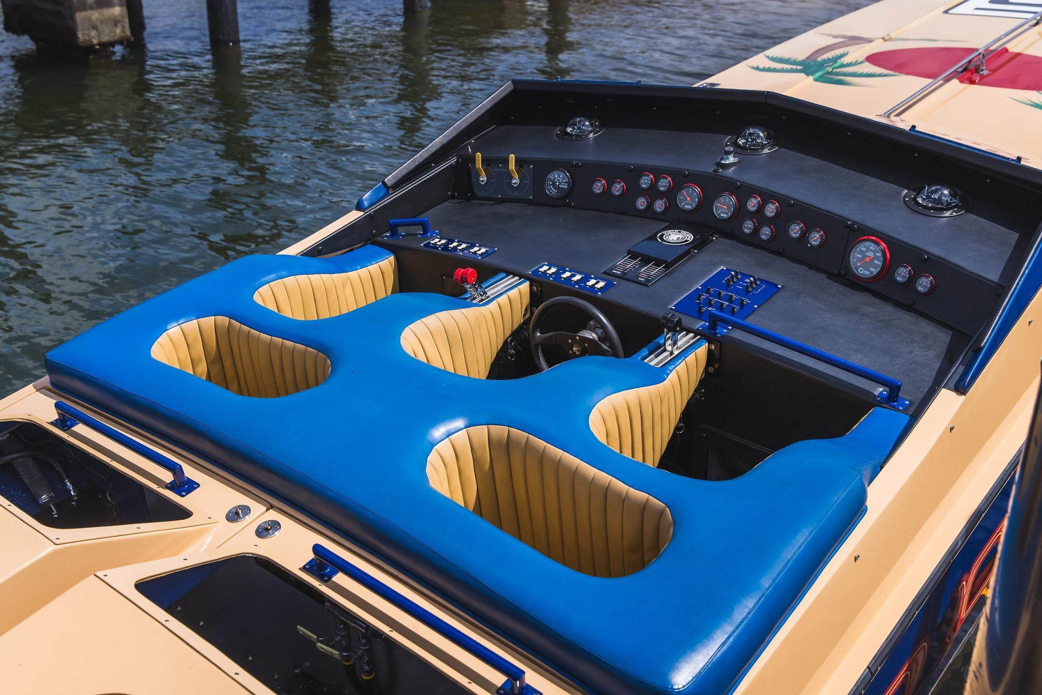 1984 Apache Offshore Powerboat Warpath seats