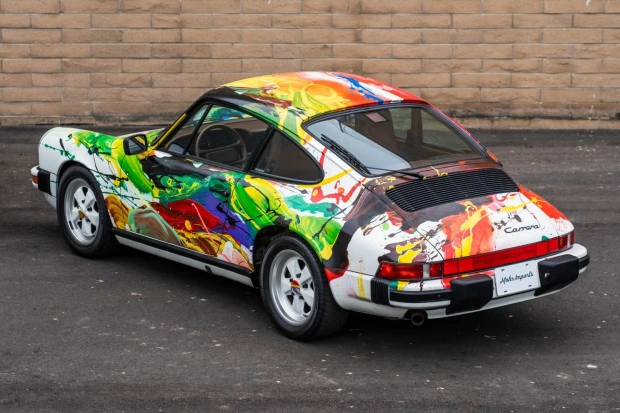 1989_porsche_911_carrera_art car 2