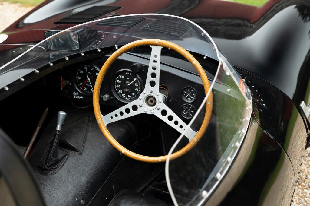 jaguar d type interior cockpit steering wheel
