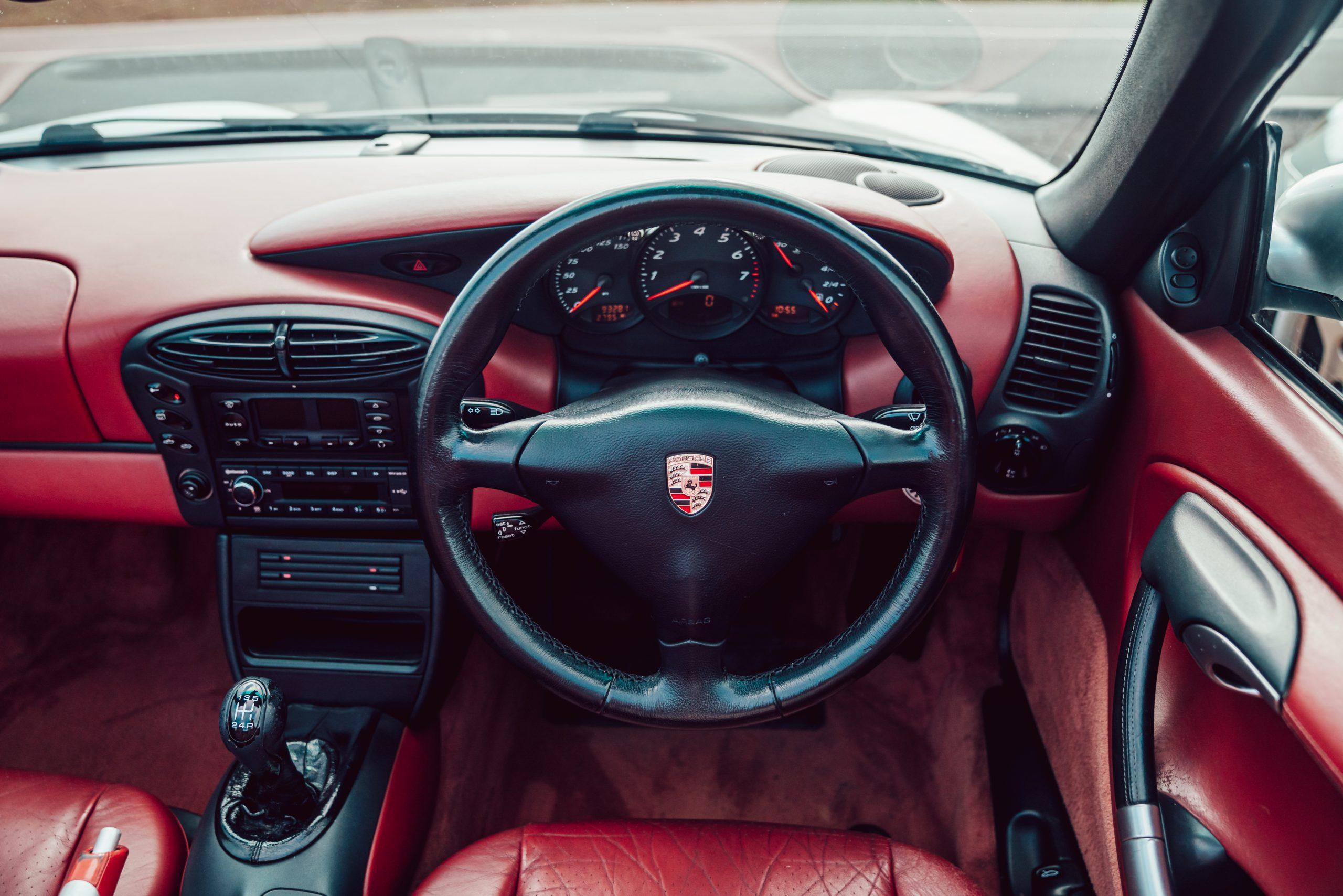 1998 Porsche Boxster 986 interior