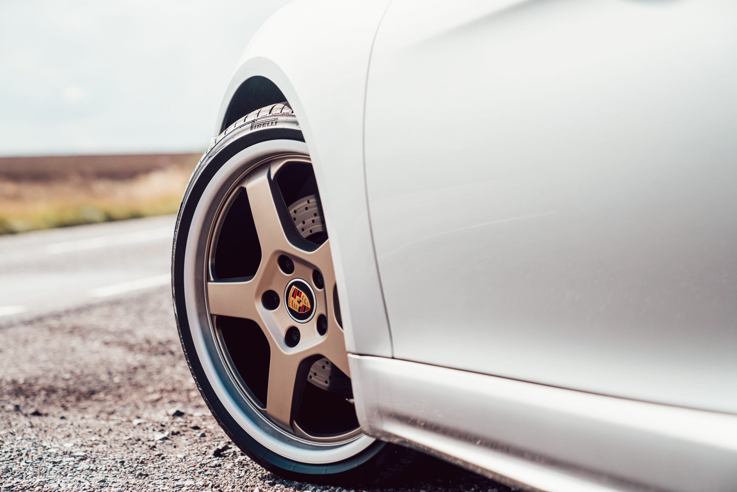 2021 Porsche Boxster 25 Years wheel and tire