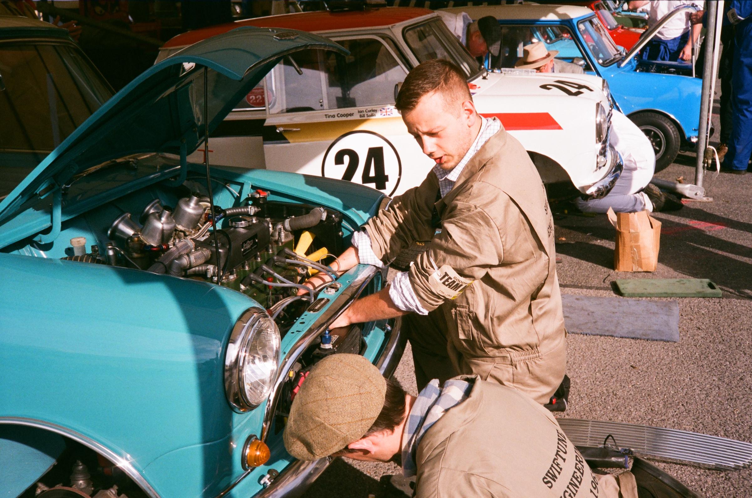 Goodwood Revival film mechanics