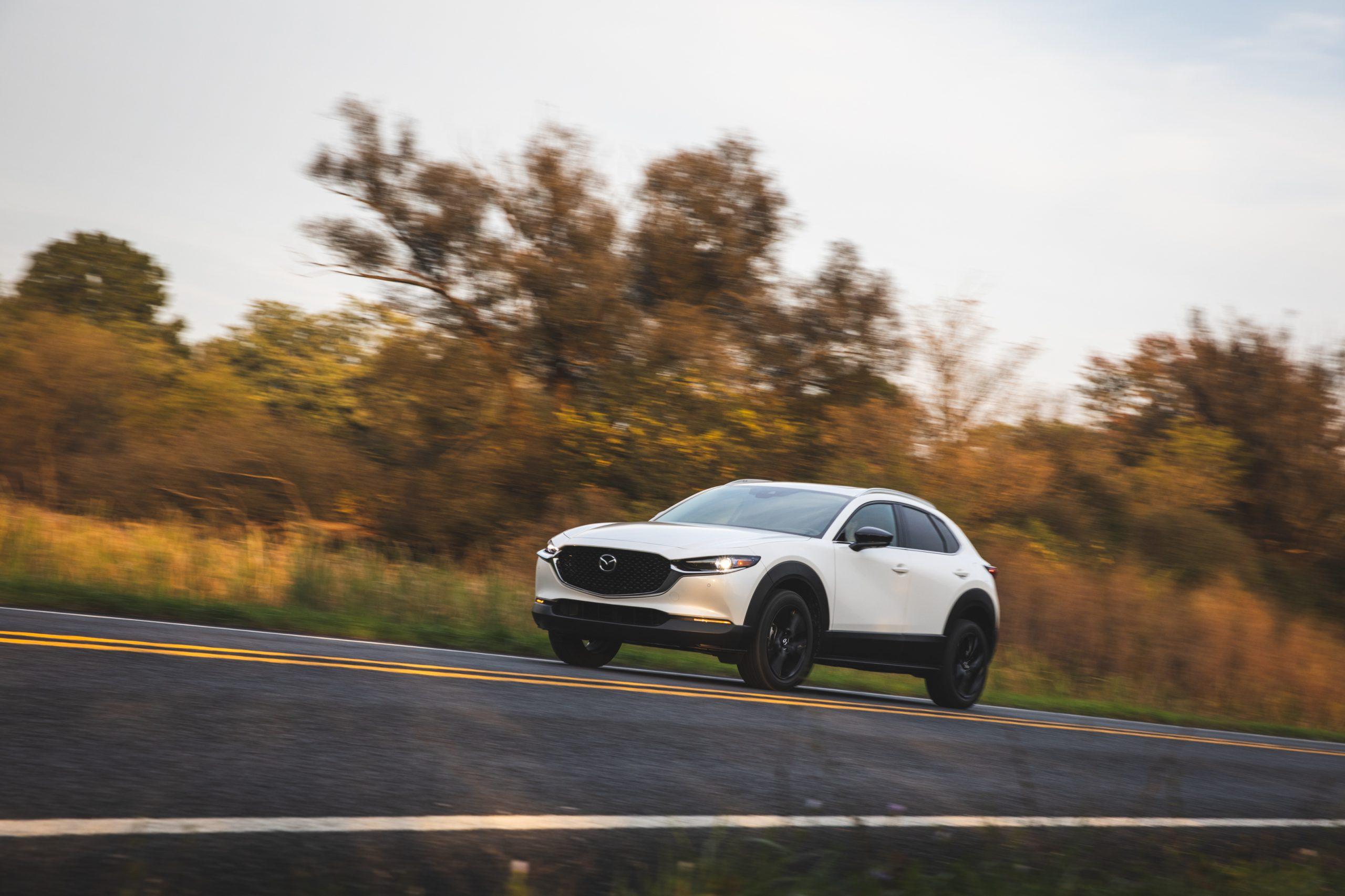 Mazda CX30 front three-quarter action
