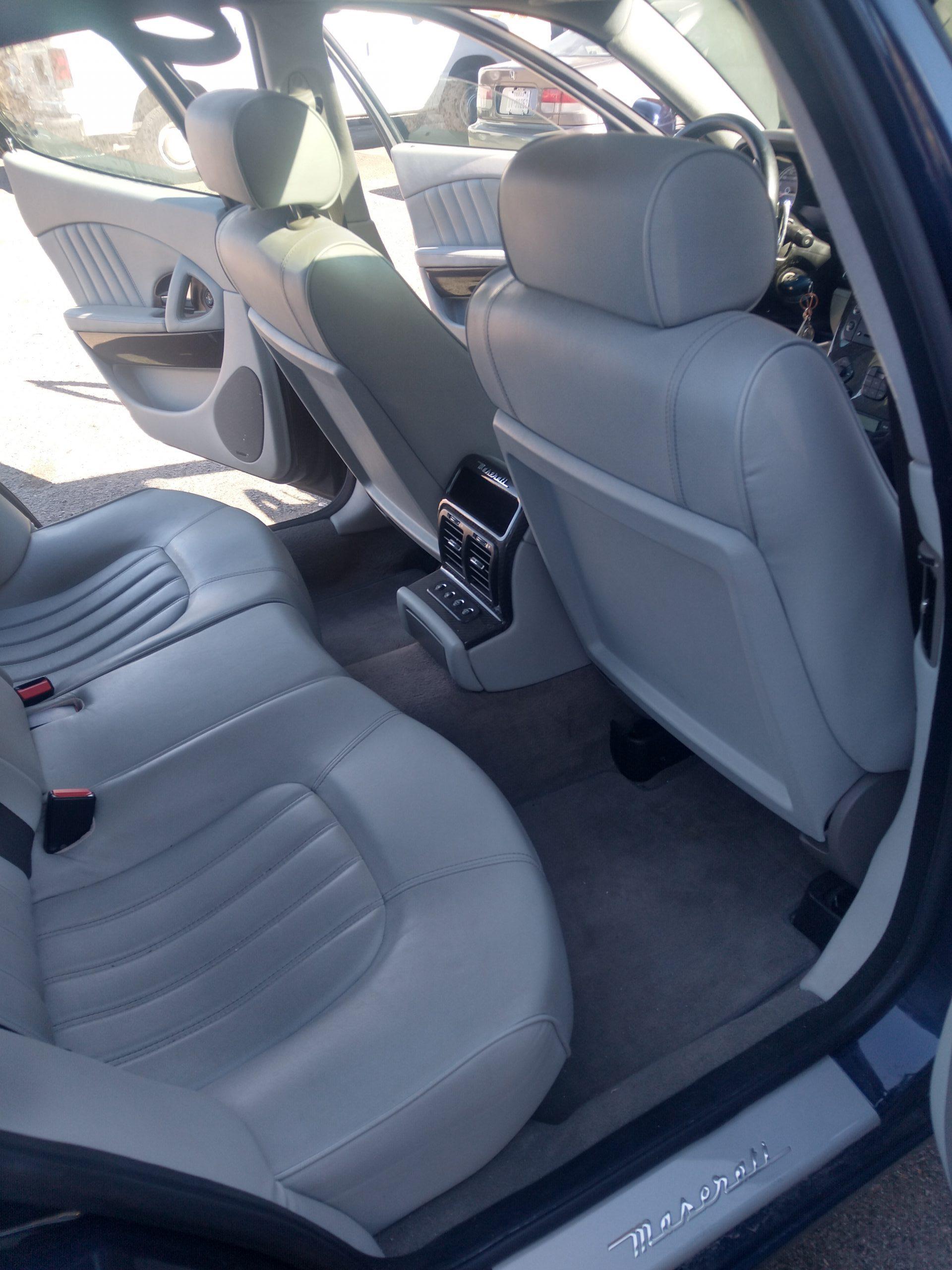 Maserati Quattroporte rear seat