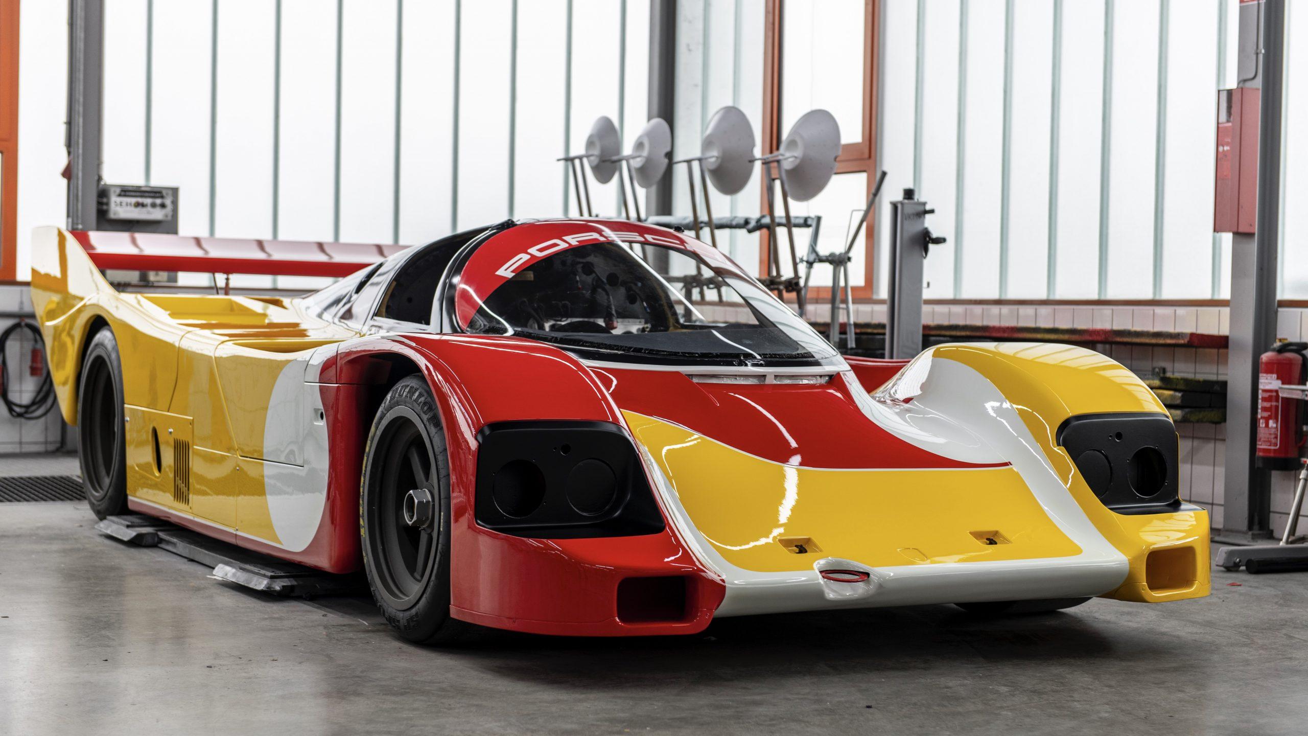 Porsche 962 C Partially-assembled livery