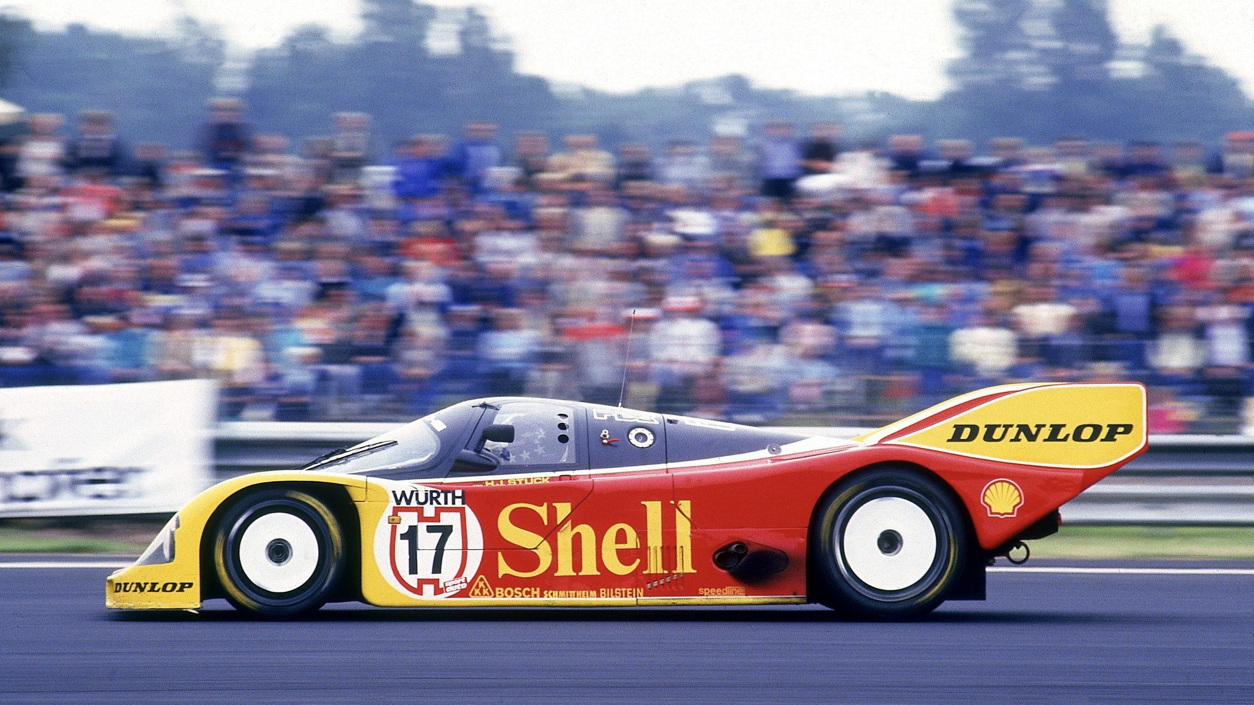 Porsche 962 C in period race side profile