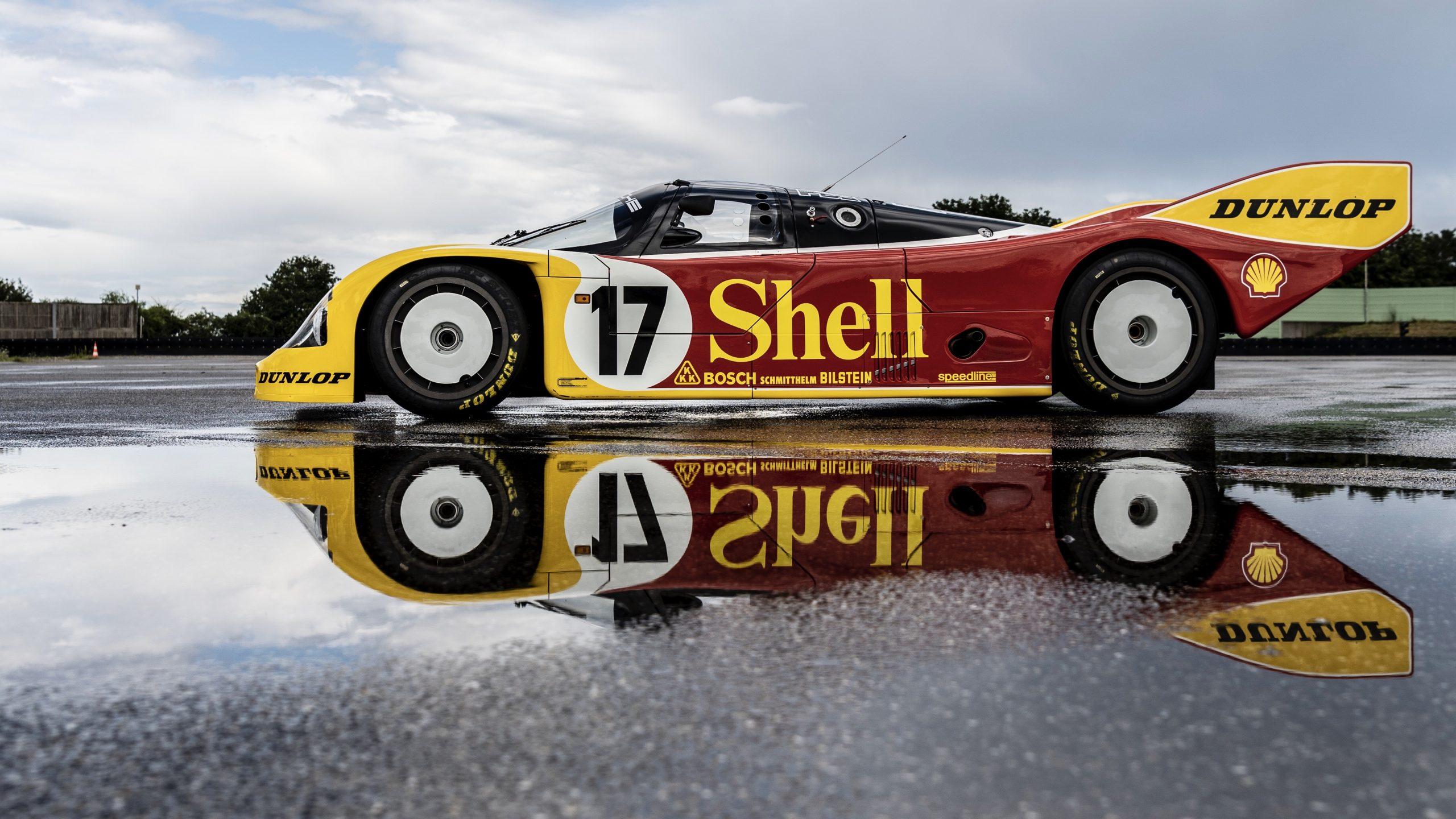 Porsche 962 C side profile reflection