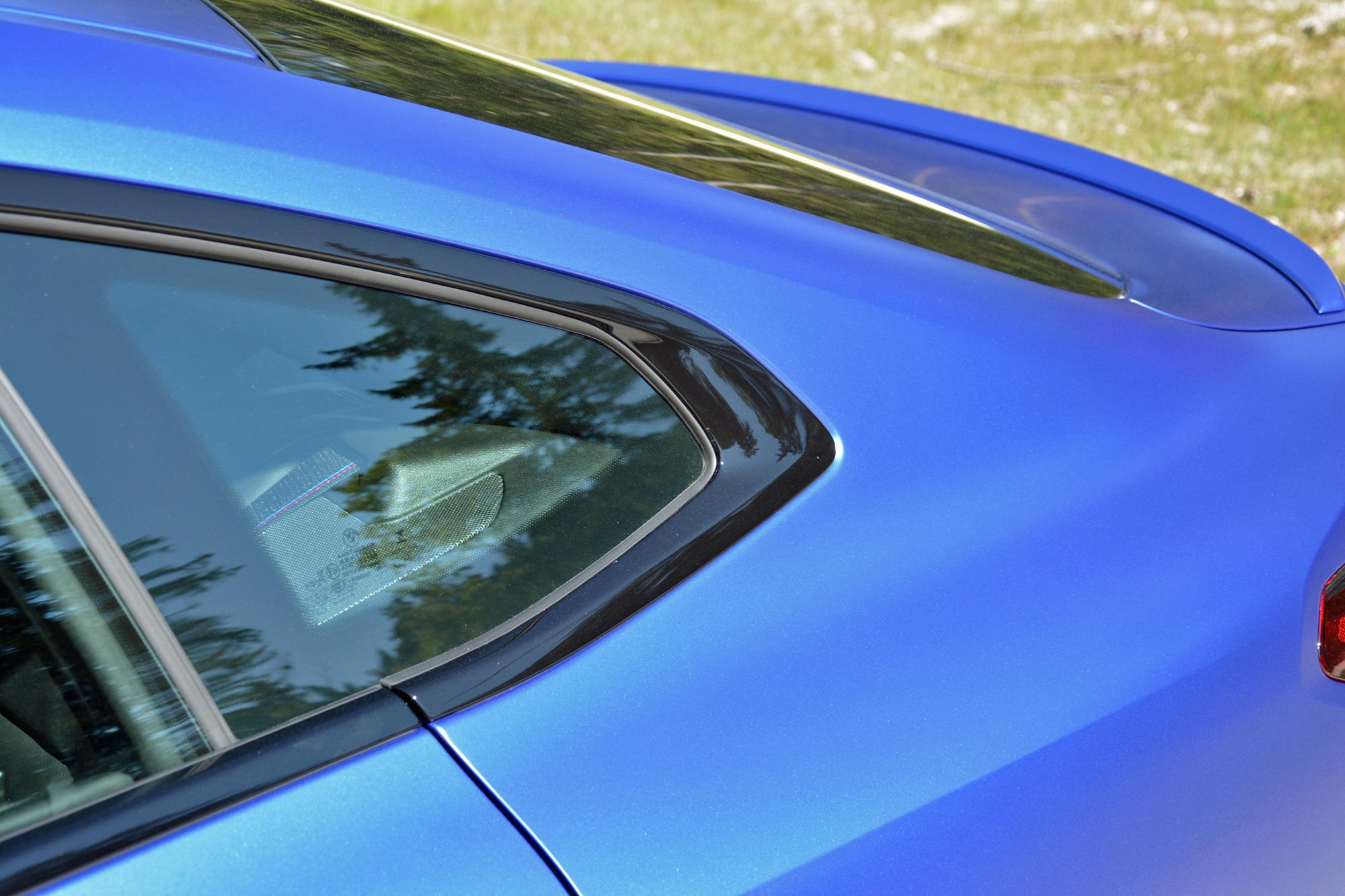 2022 BMW i4 M50 rear quarter panel lines