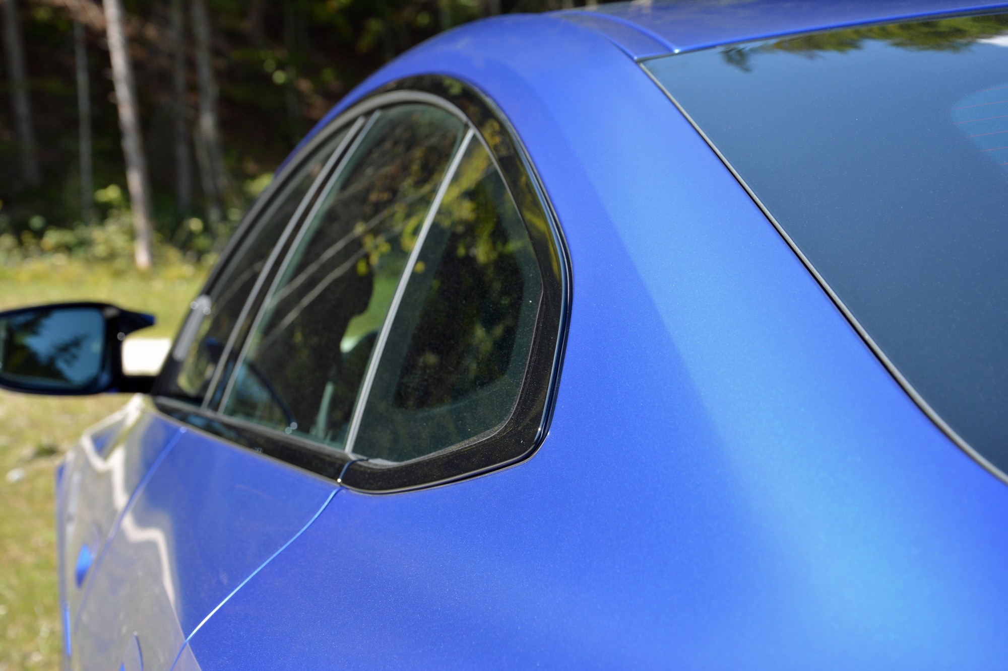 2022 BMW i4 M50 side closeup