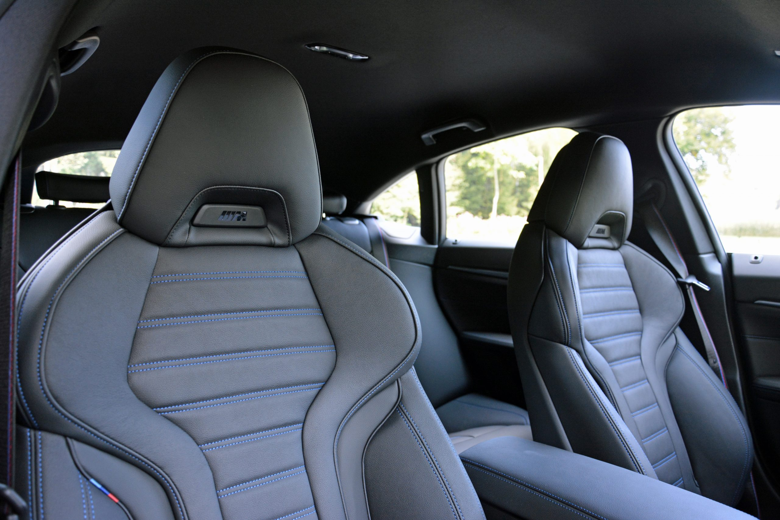 2022 BMW i4 M50 interior front seats