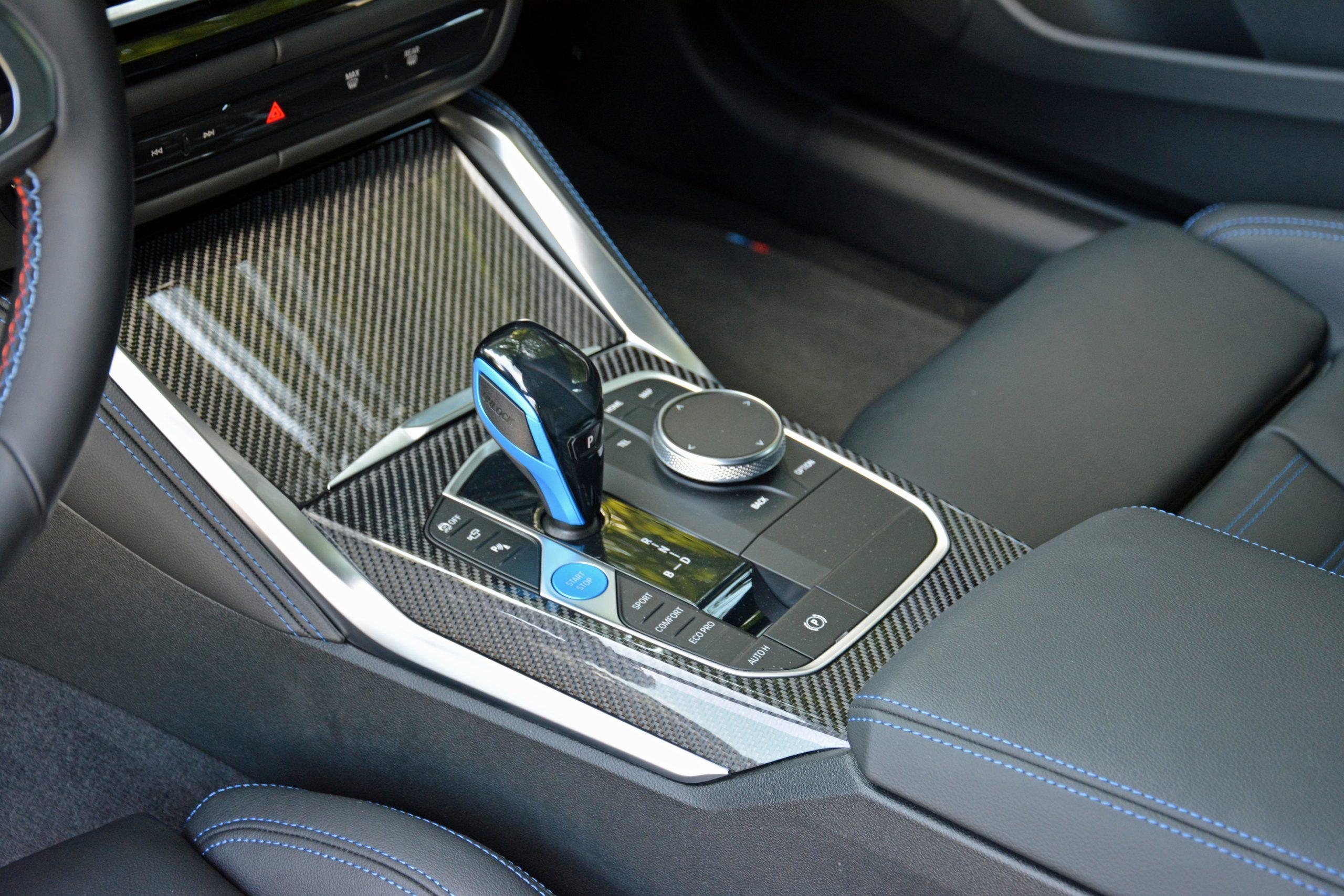 2022 BMW i4 M50 interior center console carbon fiber