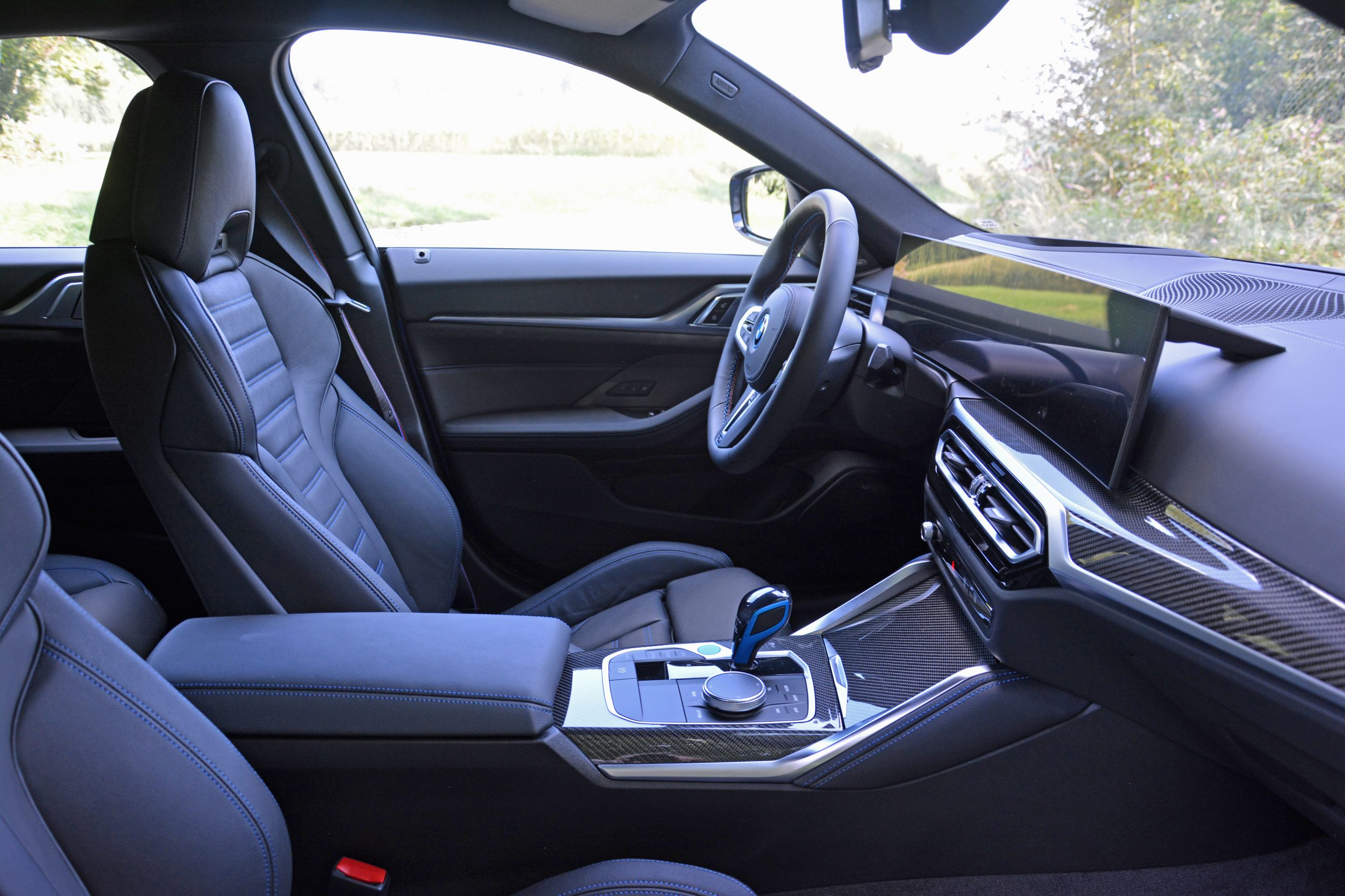 2022 BMW i4 M50 interior front seating