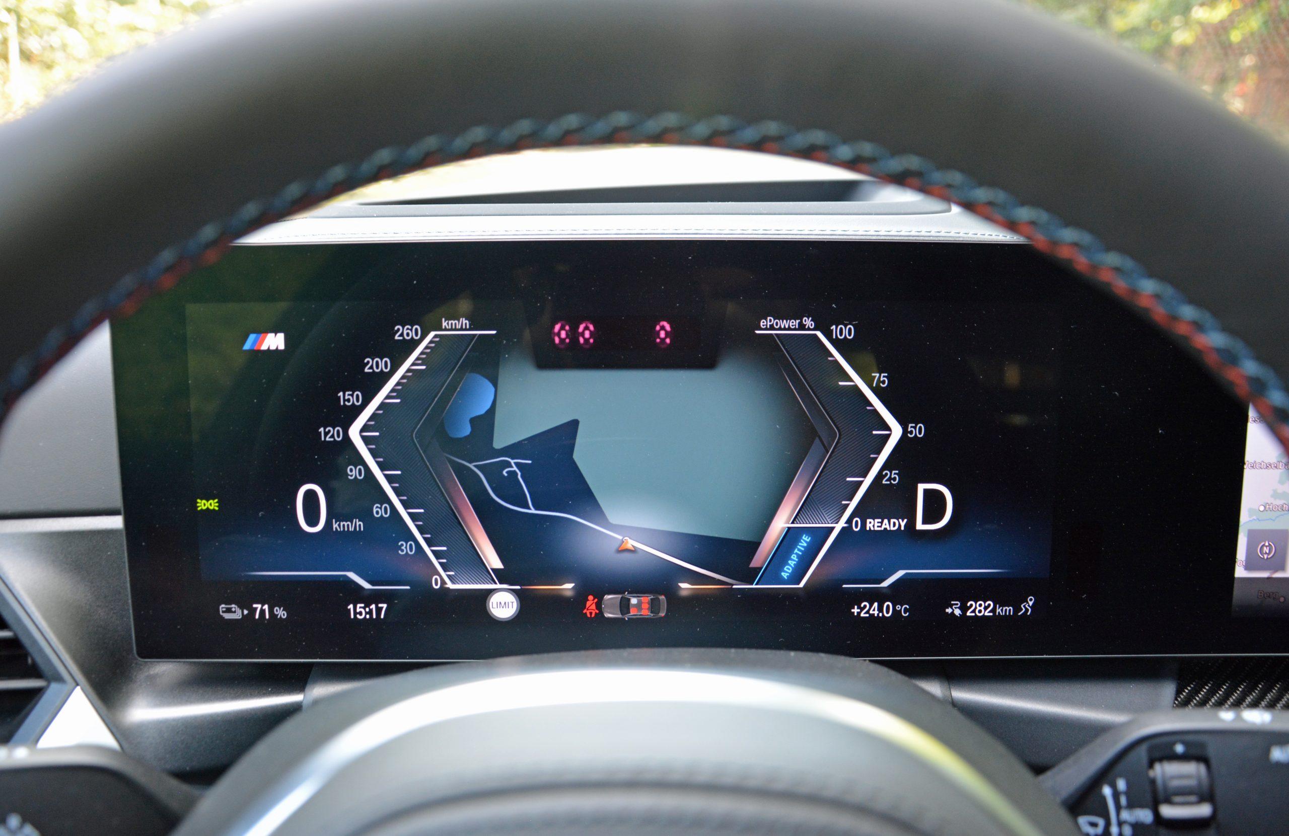 2022 BMW i4 M50 interior digital driver display map