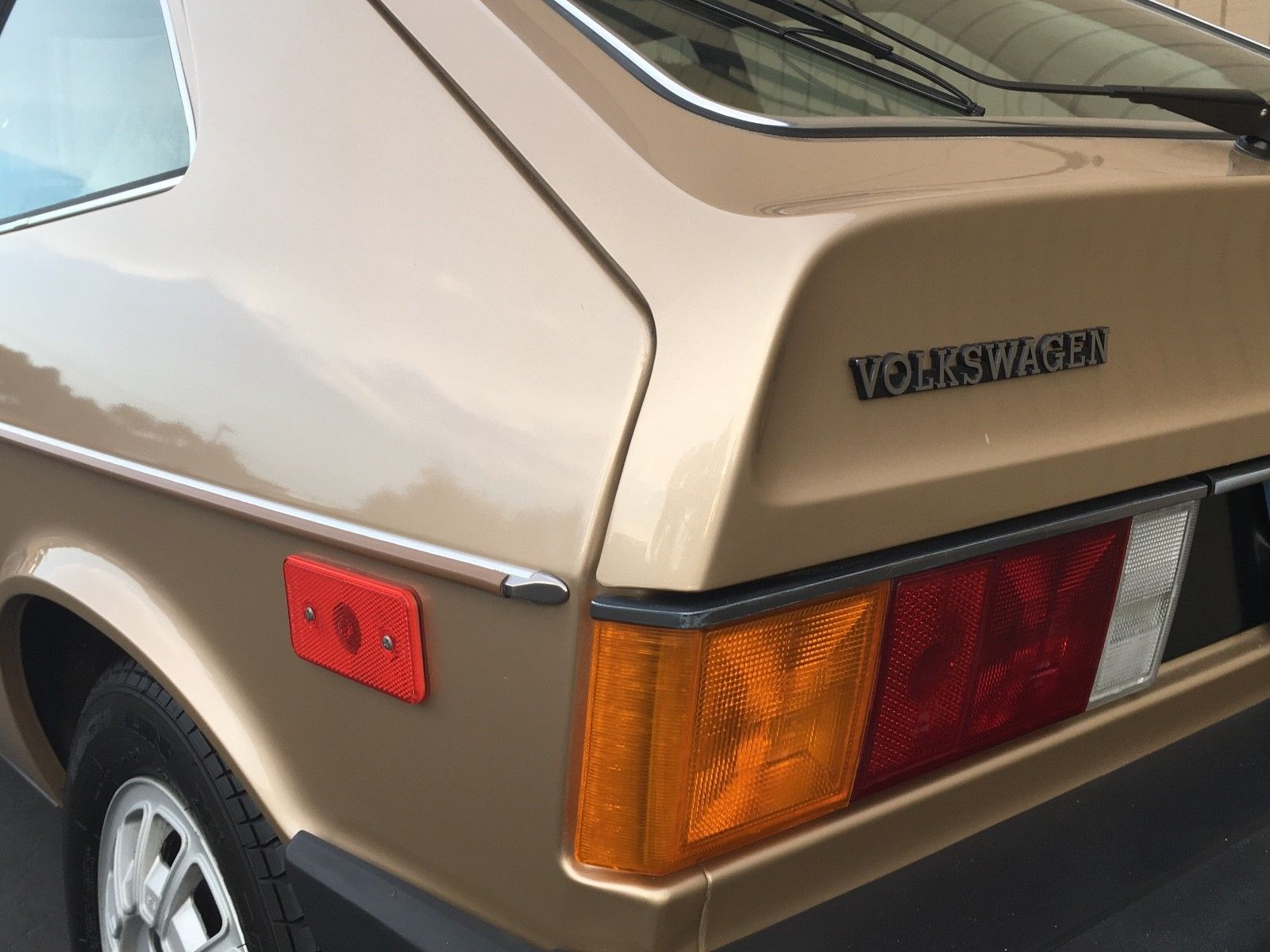1978 Volkswagen Scirocco rear badge 2