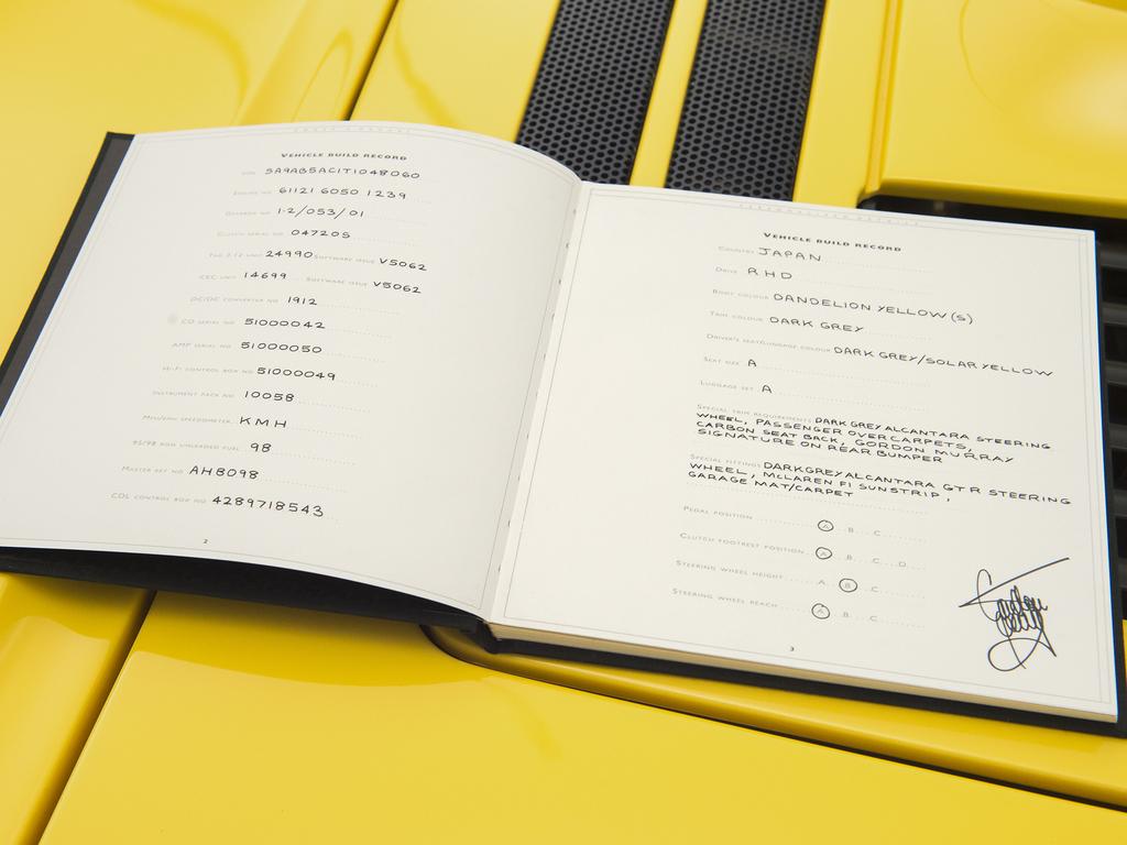 1997 McLaren F1 owners manual