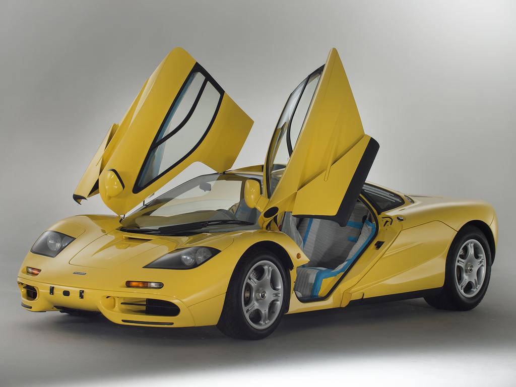 1997 McLaren F1 doors up