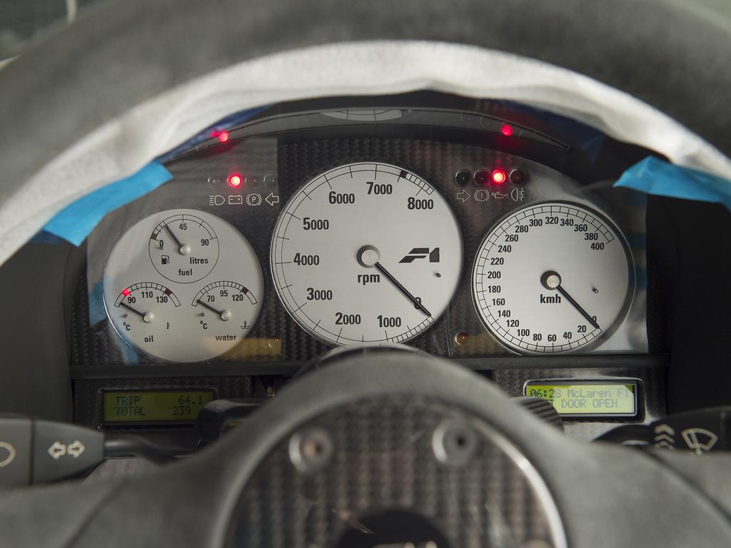 1997 McLaren F1 gauges