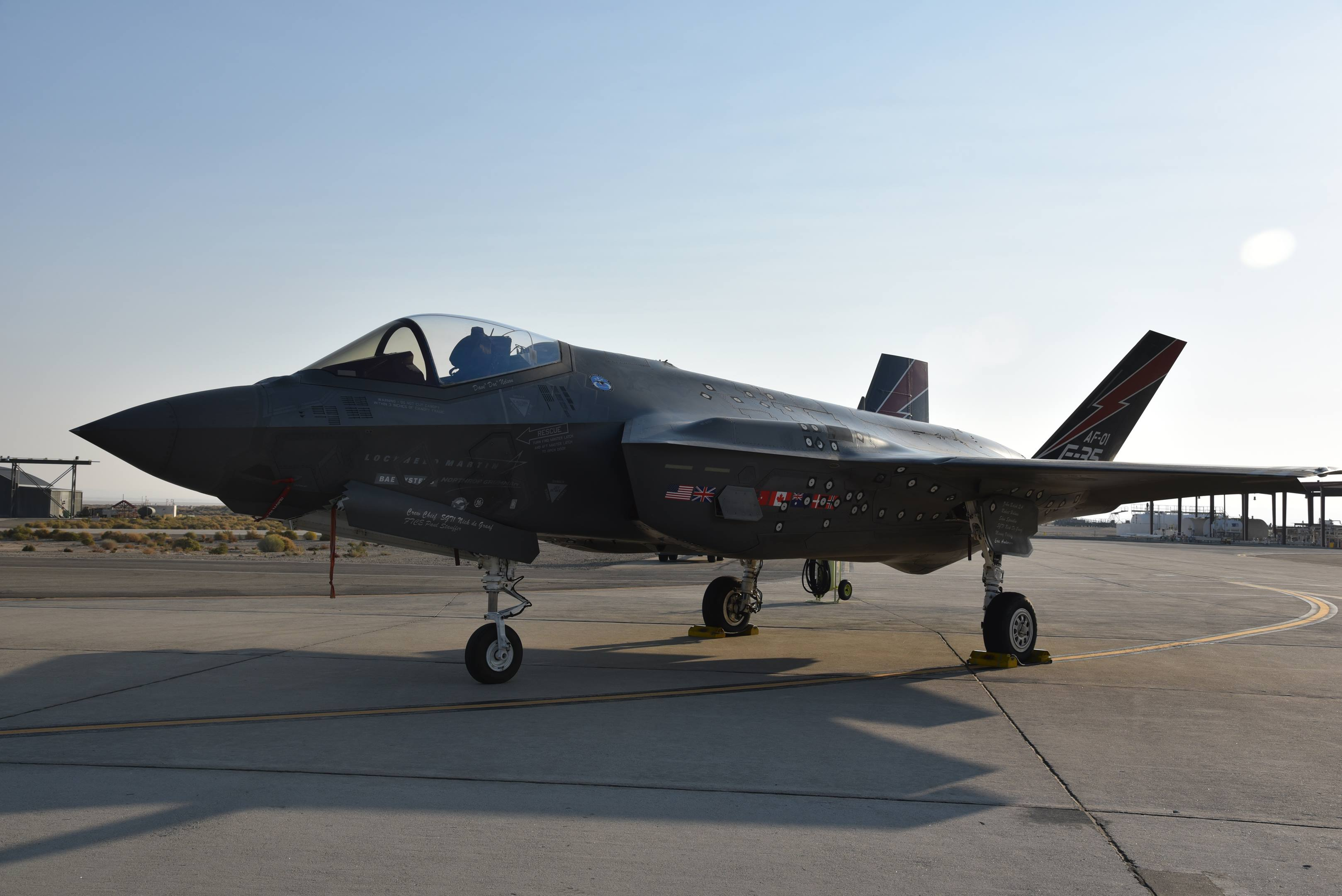 joint strike fighter f35 air force edwards