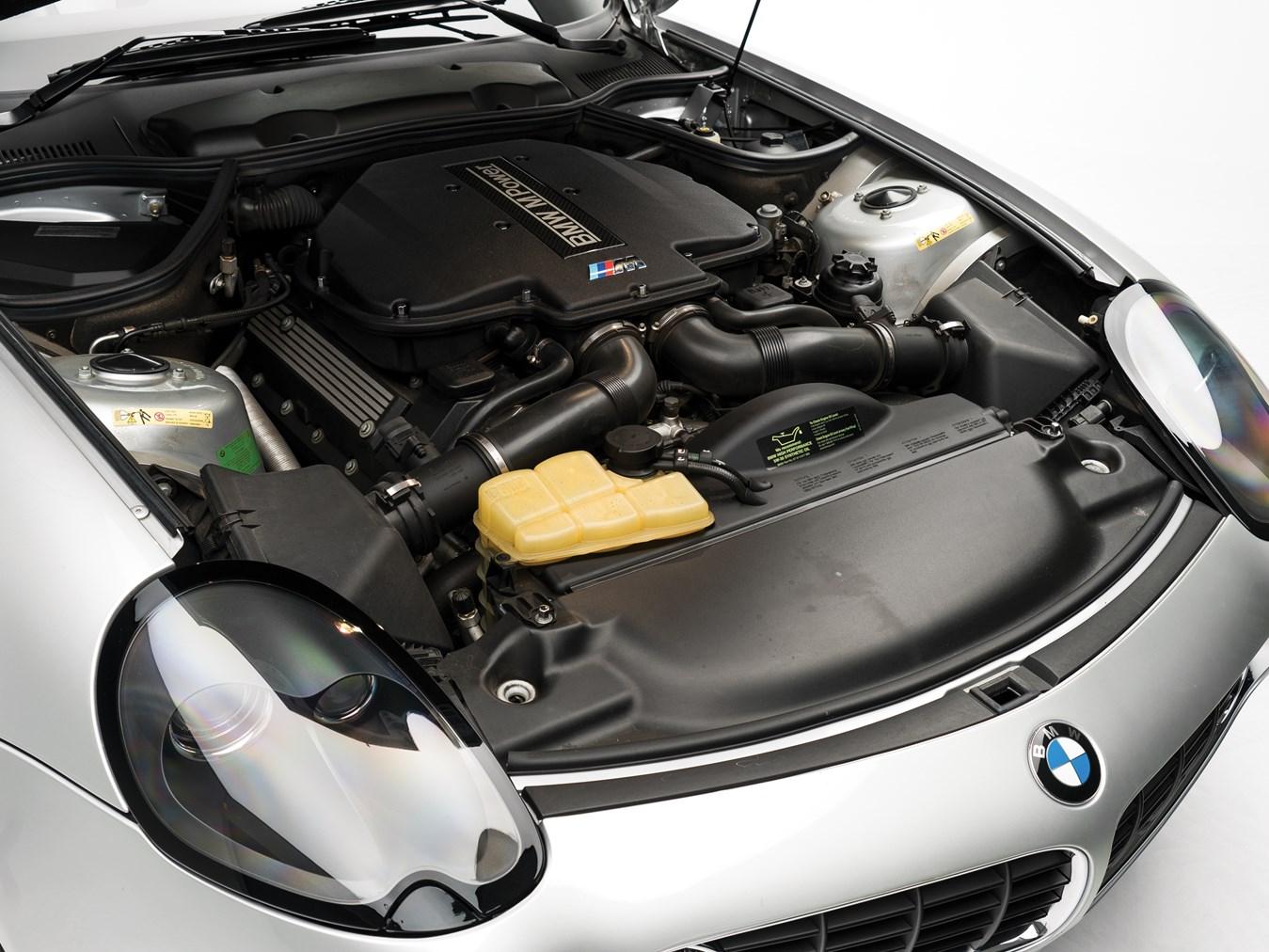 2000 BMW Z8 engine
