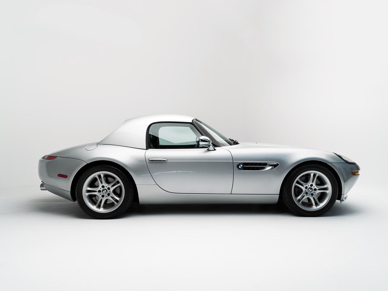 2000 BMW Z8 profile