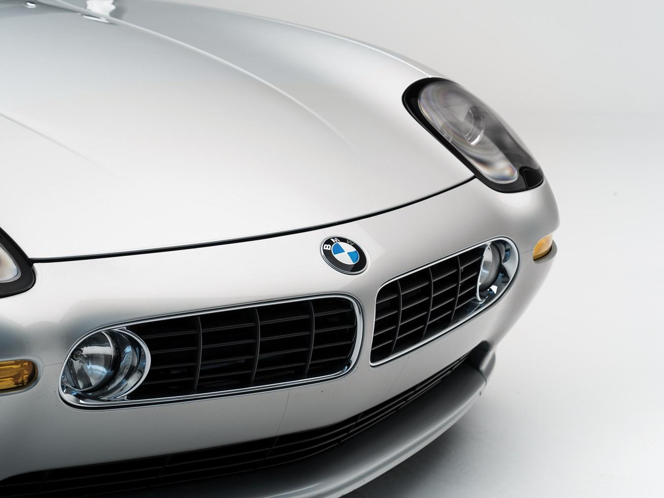2000 BMW Z8 front detail