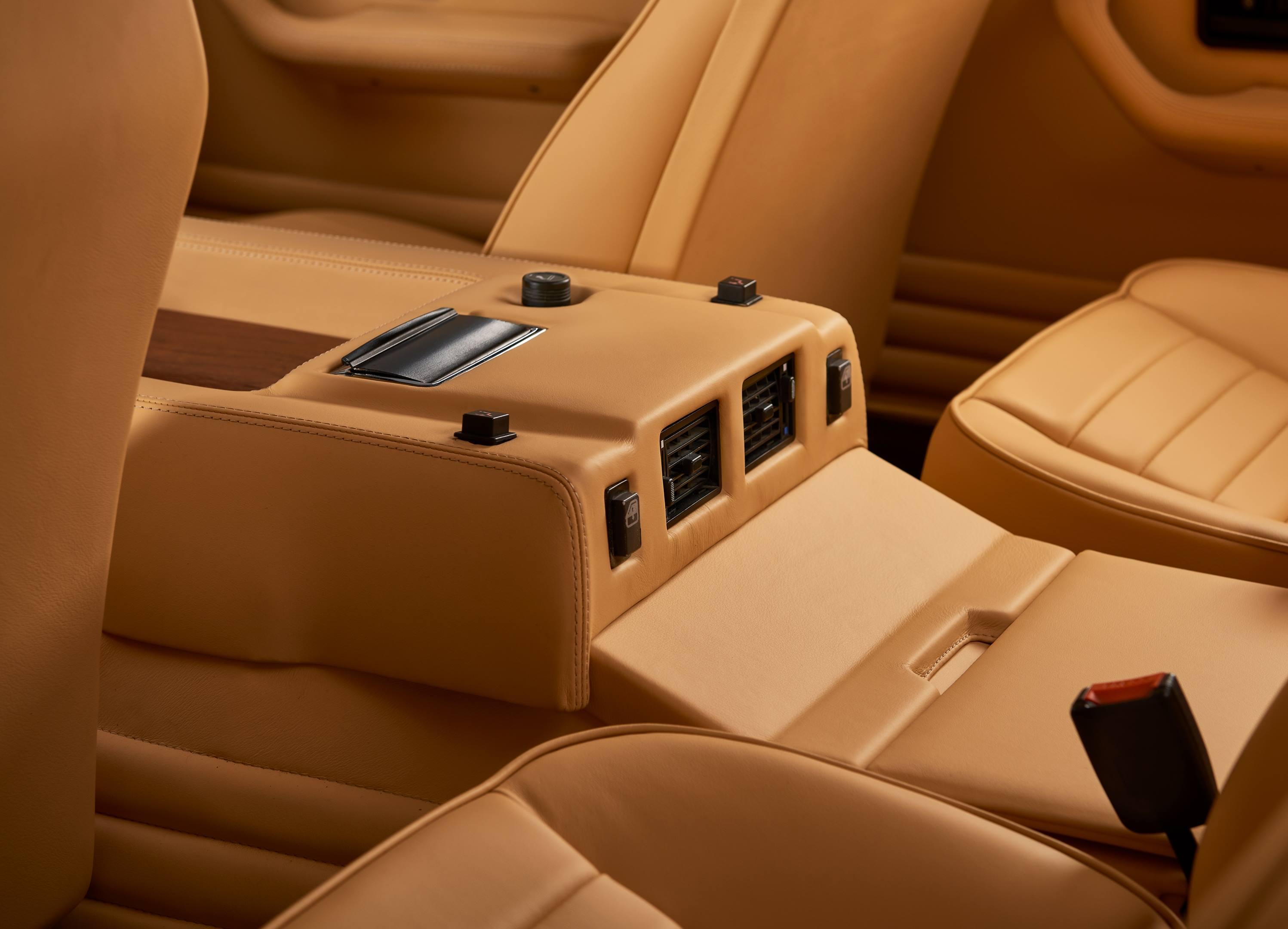 Lamborghini LM002 back seat