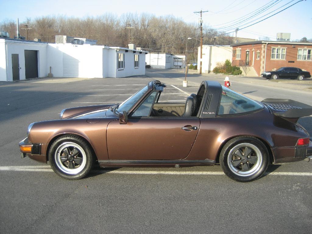 1982 Porsche 911SC profile 2