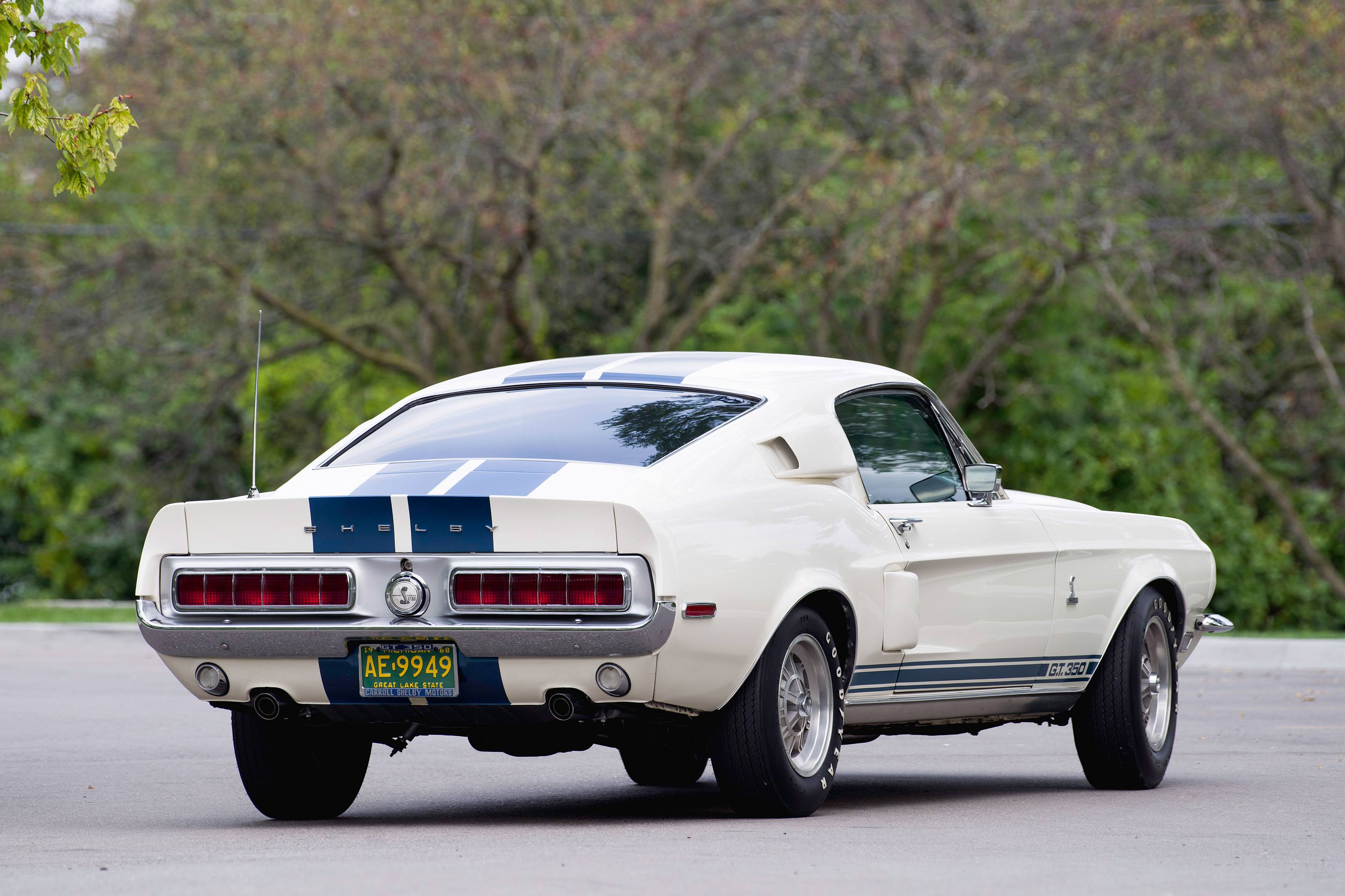 All GT350 scoops are functional. Lest anyone not get the message as the car pulls away, the Shelby name is prominently visible from behind.
