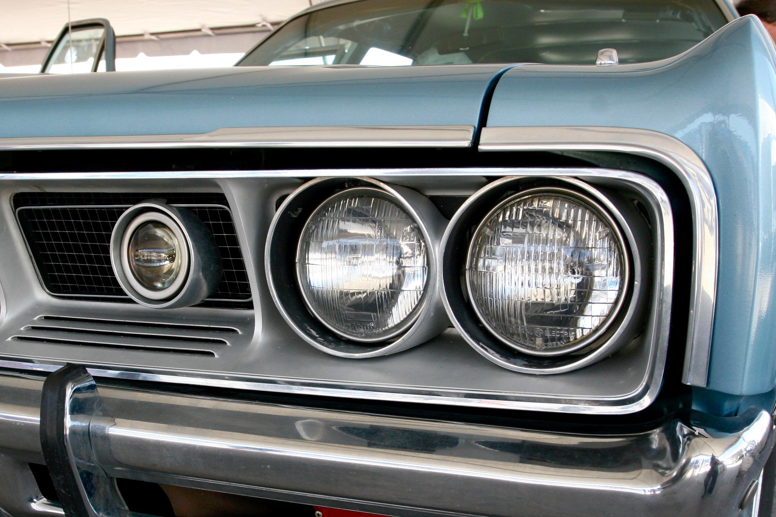 Super-Lite on a Dodge Monaco