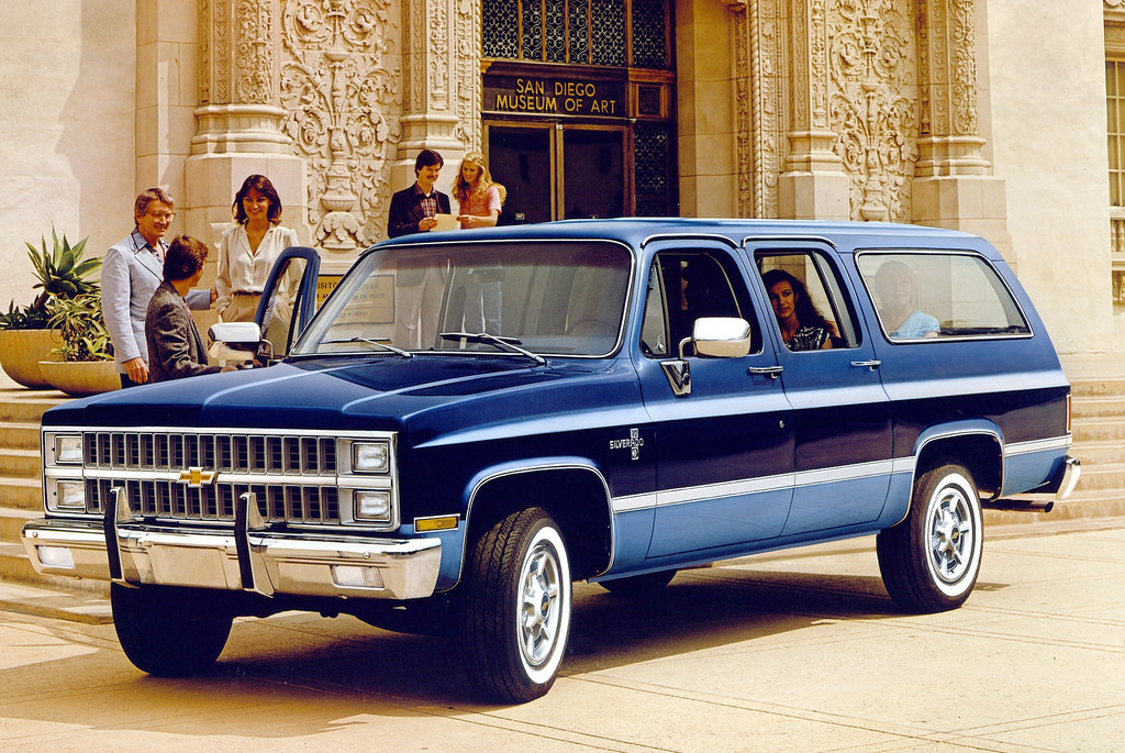 1982 Chevrolet Suburban advertisement blue