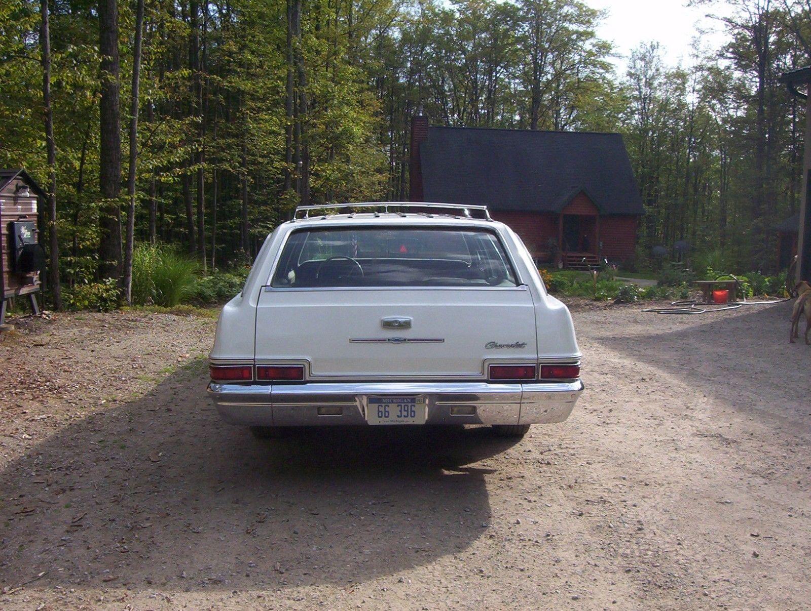 1966-Chevrolet-Impala-Wagon-396-rear