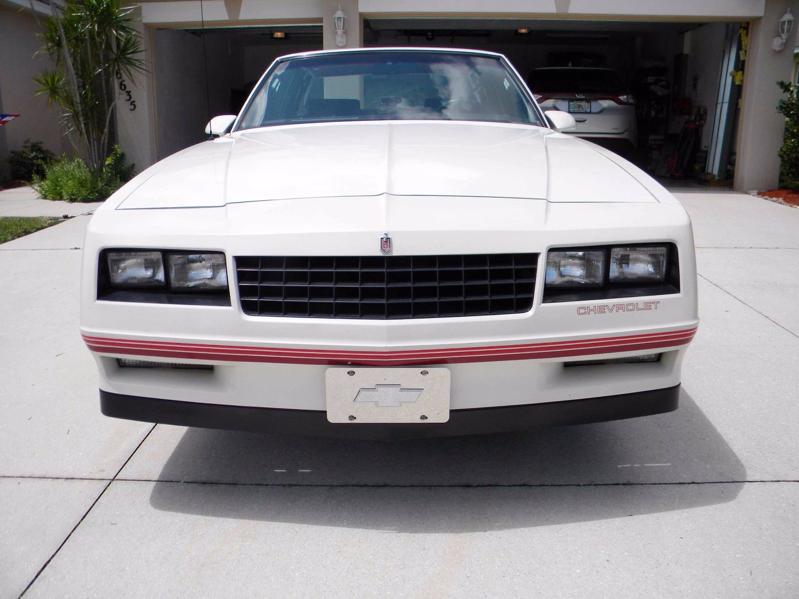1987 Chevrolet Monte Carlo SS Front End