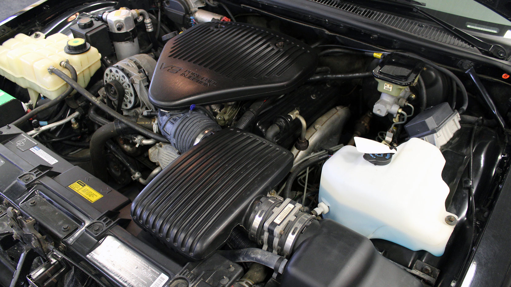 1995 Chevrolet Impala SS engine