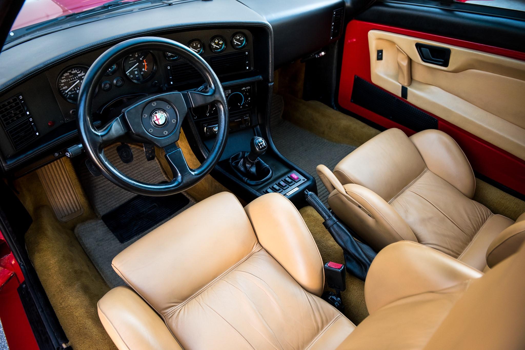 1991 Alfa Romeo SZ interior