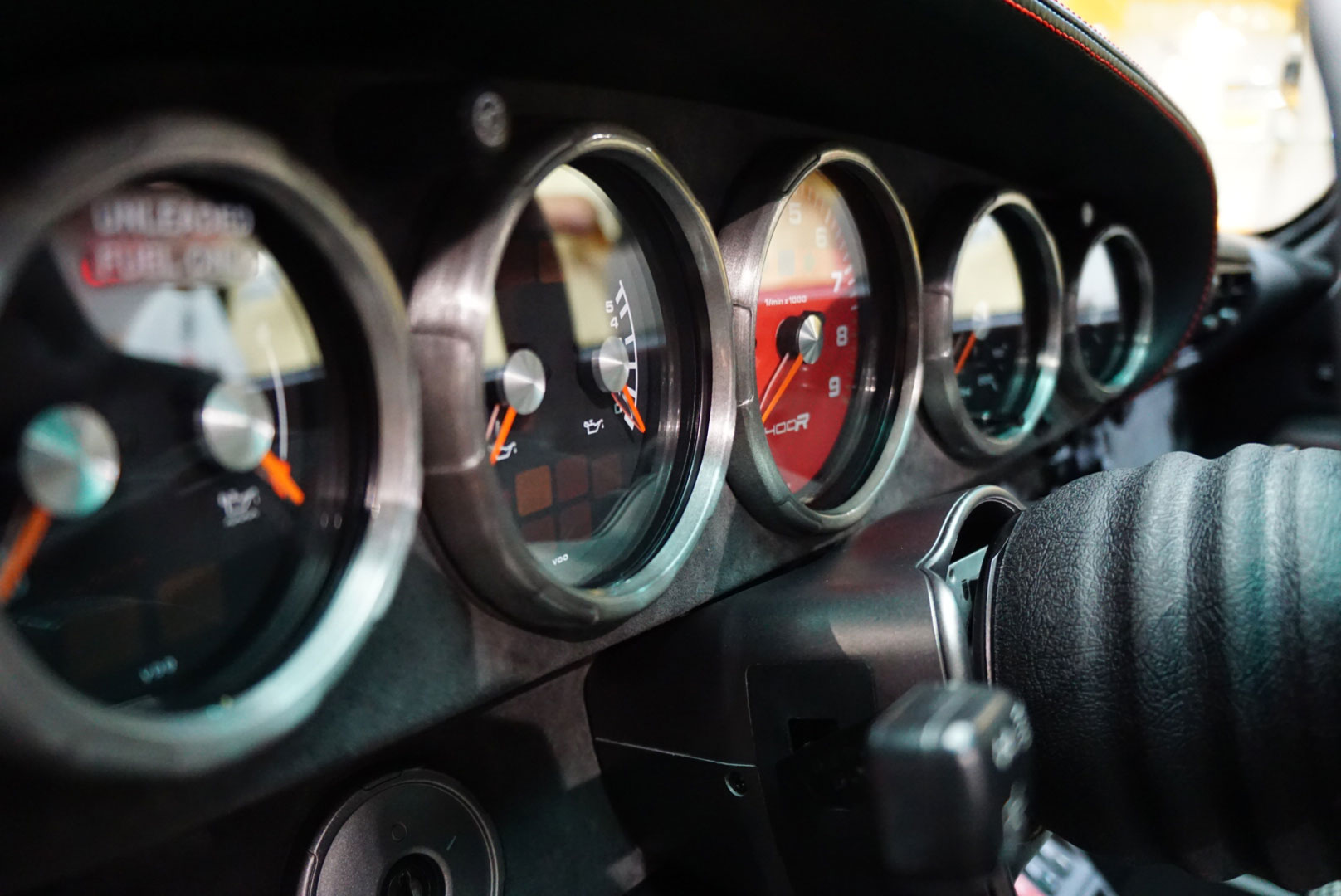 Gunther Werks 400R gauges