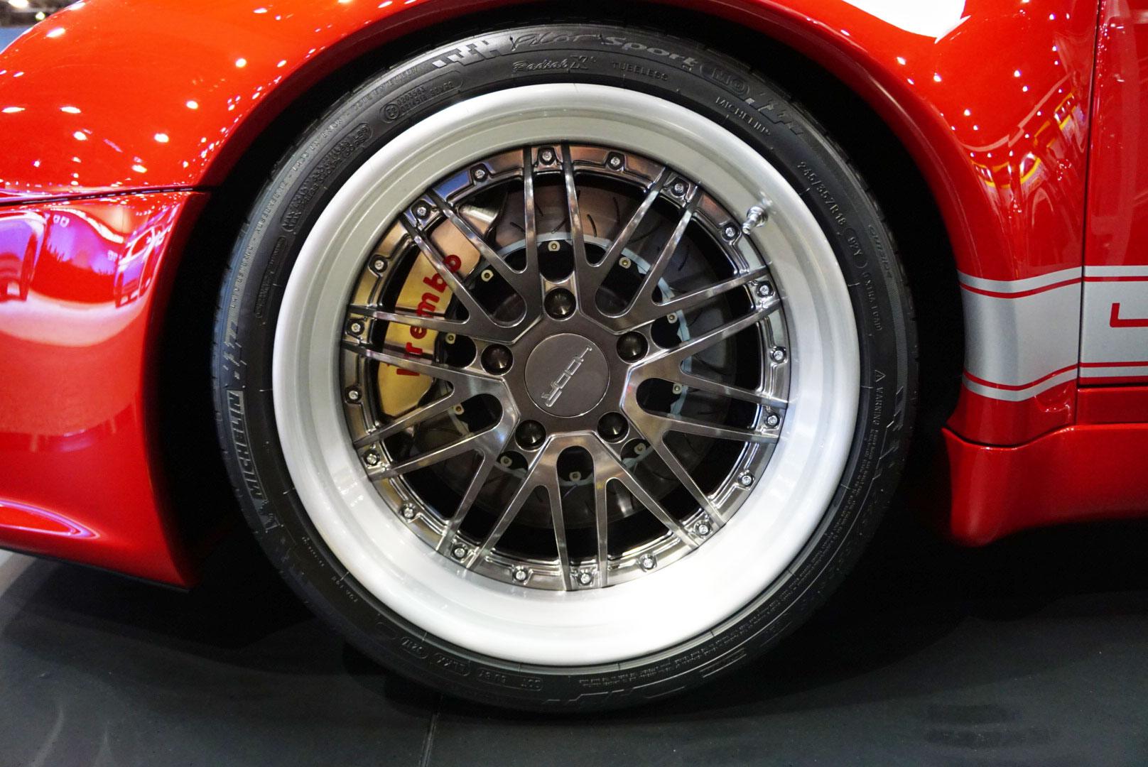 Gunther Werks 400R wheel
