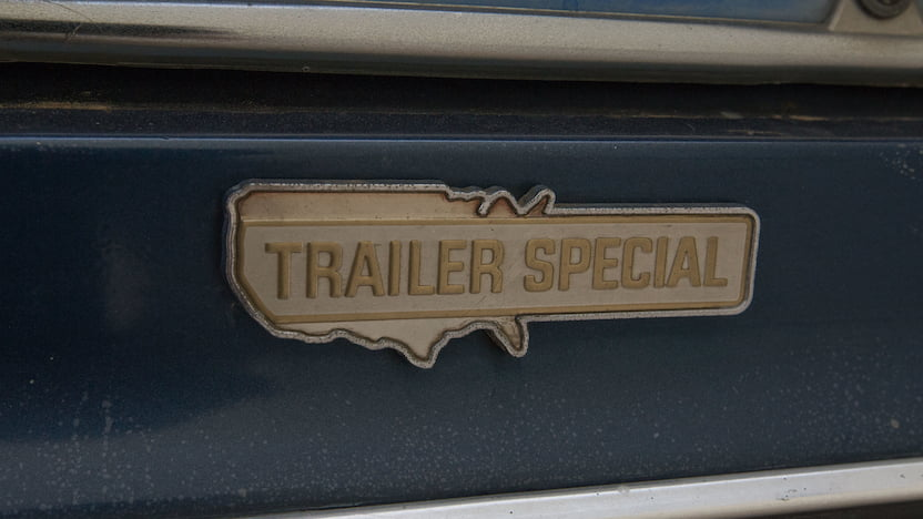 1977 Ford Econoline Van badge
