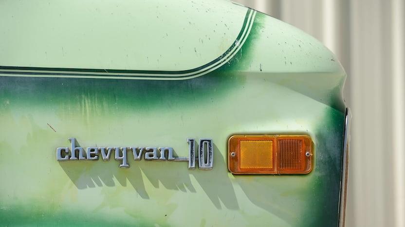 1976 Chevrolet Custom Van badge