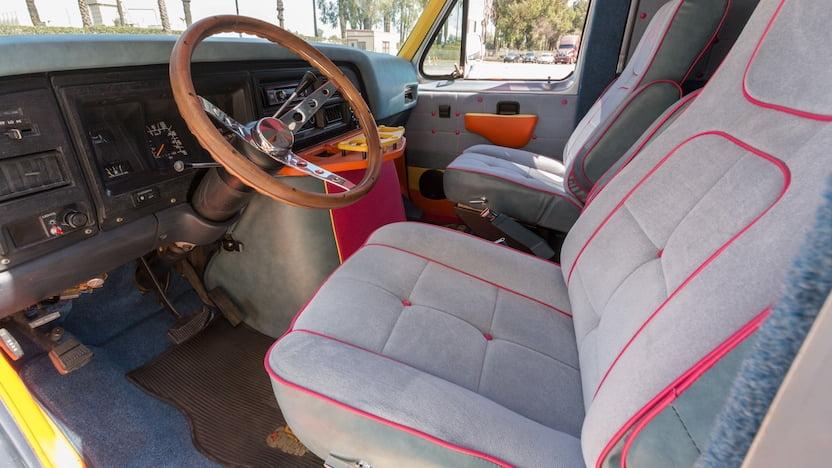 1990 Ford Custom Van interior
