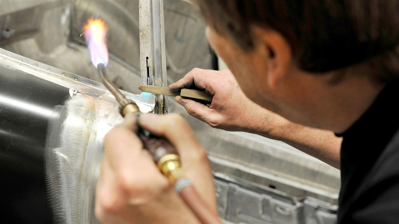 Porsche 911 Factory Restoration fire work