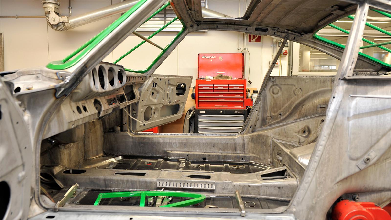 Porsche 911 Factory Restoration prep work