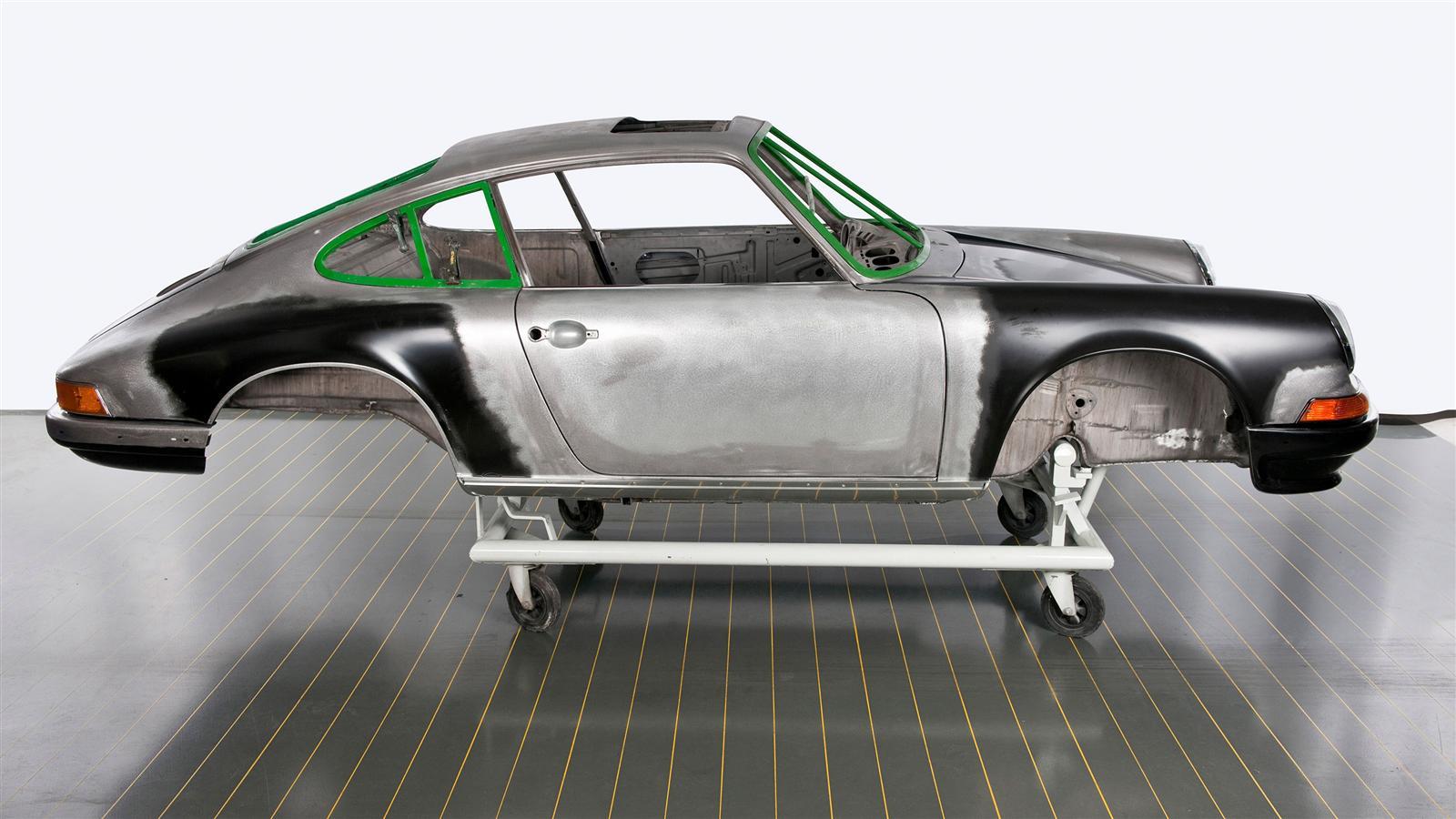 Porsche 911 Factory Restoration profile