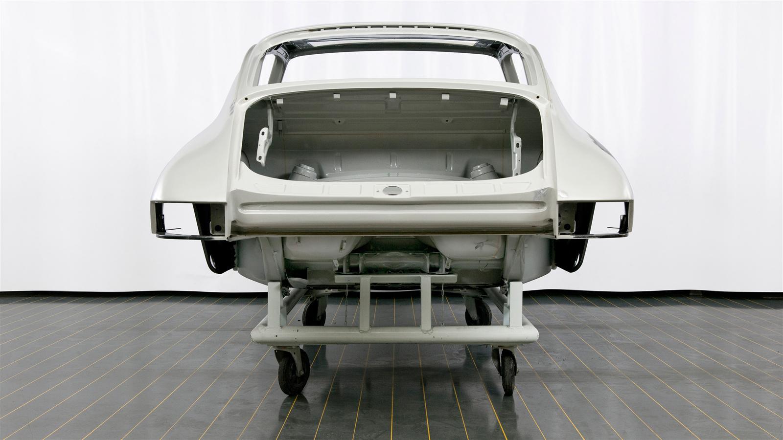 Porsche 911 metal restoration