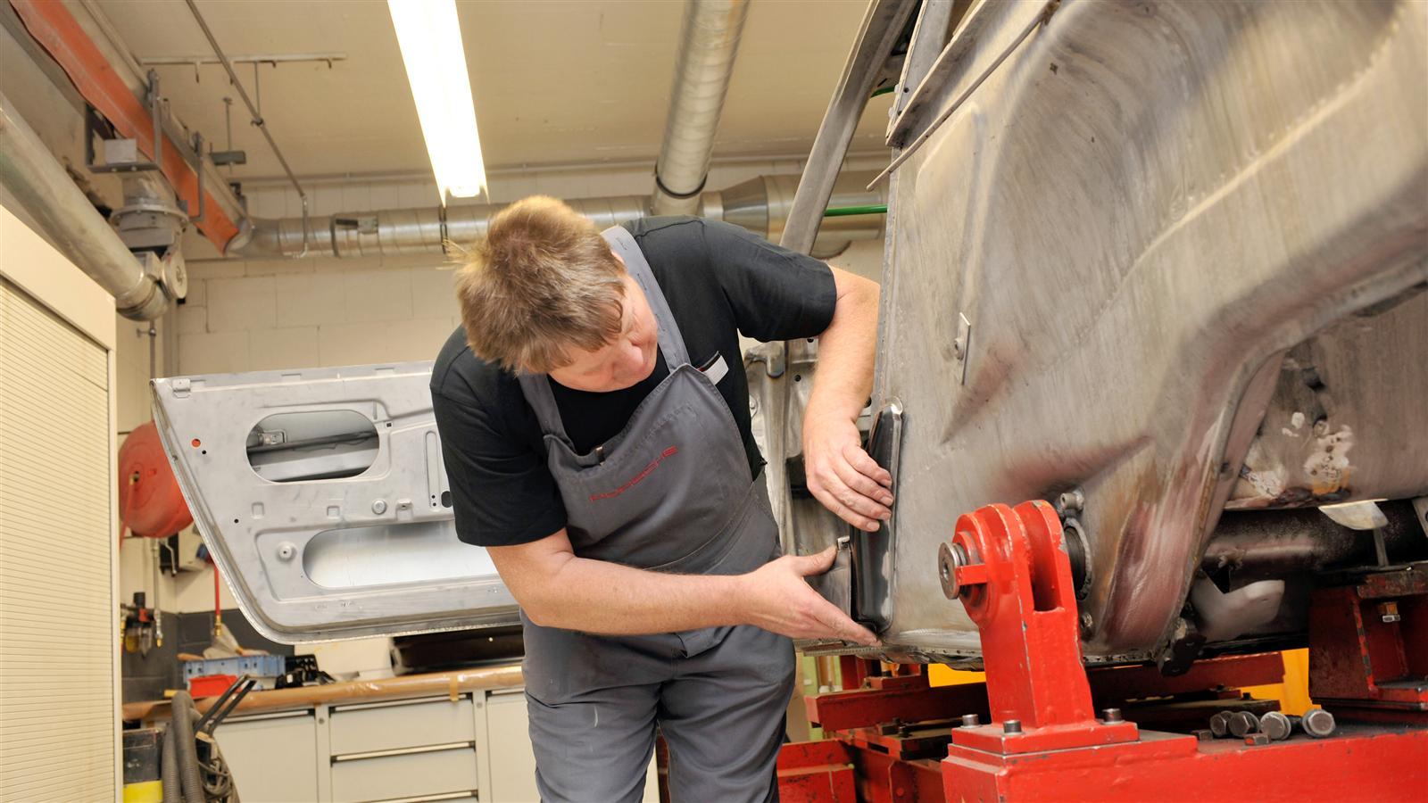 Porsche 911 Factory Restoration body work
