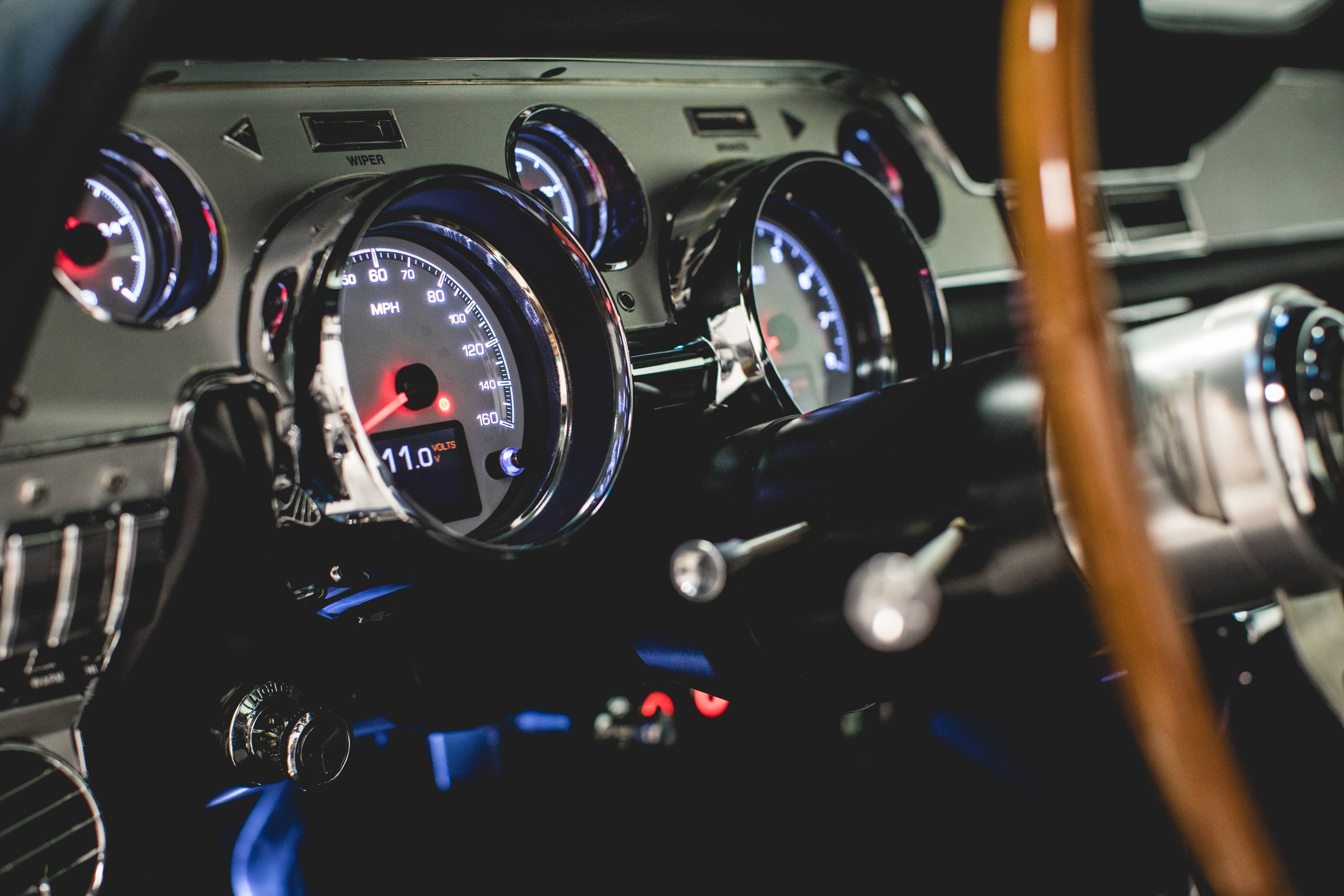 Revology Shelby GT350 gauges