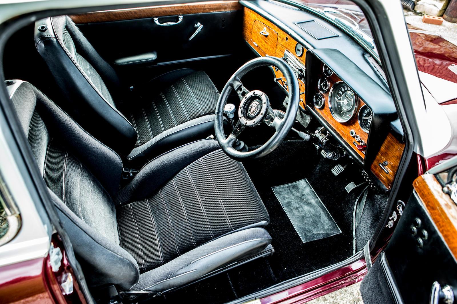 1966 Austin Mini Cooper S interior