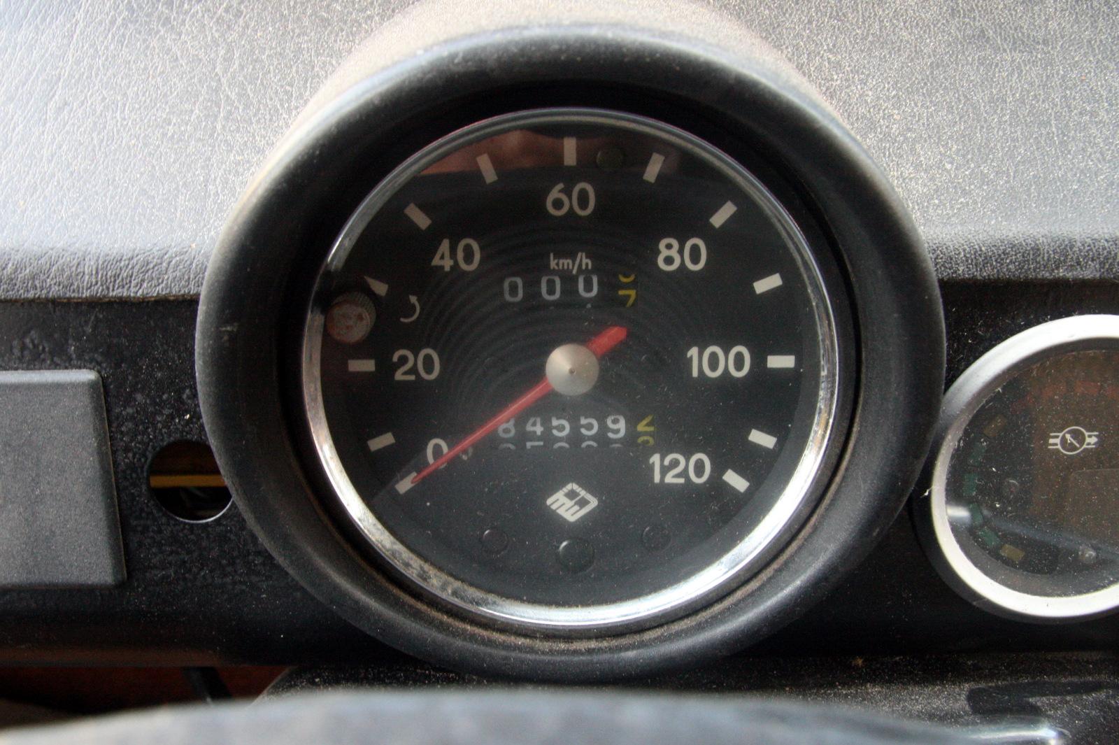 Trabant gauge