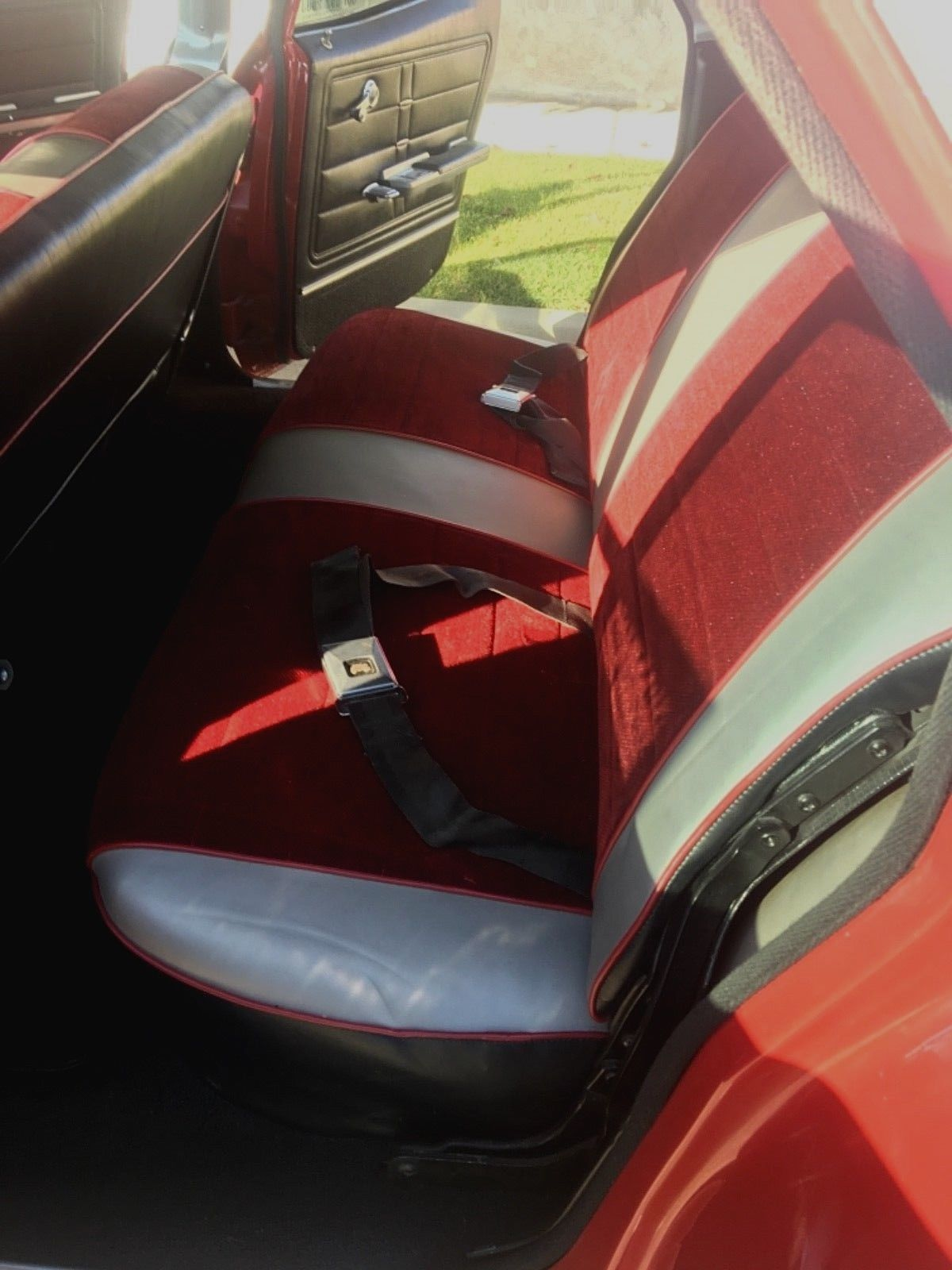 1966 Impala Wagon interior