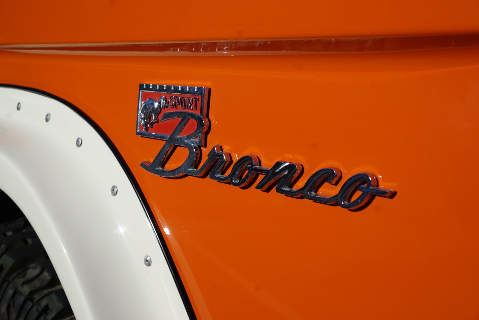 1974 Ford Bronco badge